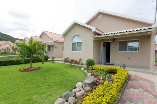Caymanas Golf and Polo Resort