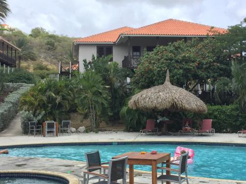 Villa at the Beach, Blue Bay Golf & Beach Resort