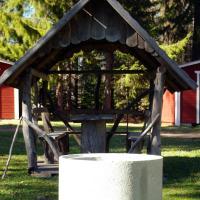 Lits Camping, Stugby och Kanot