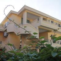 Lilian Apartments