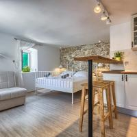 LOVELY NEW STUDIO APARTMENT IN THE CITY CENTER 4****