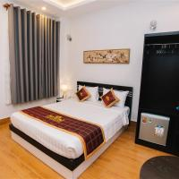 Thinh Gia Phat Hotel, hotel near Tan Son Nhat International Airport - SGN, Ho Chi Minh City