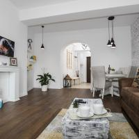 100 sqm luxury apartment, Unirii Square