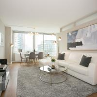 Three Bedroom Apartment with City View - Lincoln Center