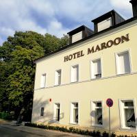 Hotel Maroon