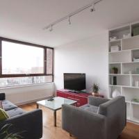 Unique Spacious Central 3BD with Rooftop Terrace