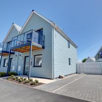 Modern holiday home in Westward Ho near the sea