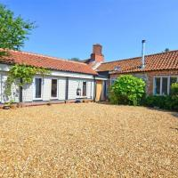 Lovely holiday home in Docking near beach