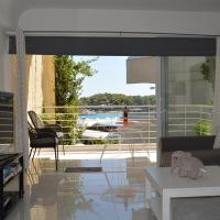 Amazing sea view- beach front luxury apartment!