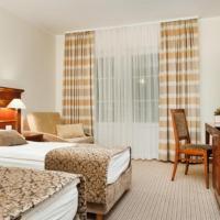 Hotel Cateski Dvorec, hotel v Čatežu ob Savi