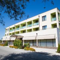 Хотел-клиника Д-р Гечеви