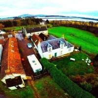 Coldstream Farm House, Golfers Paradise