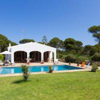 Casa con jardín y piscina - MORELL ONZE