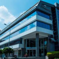 Queen's Hotel - Zebra Center