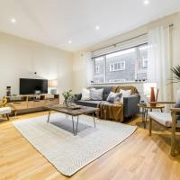 South Kensington Flat with 3 beds, 2.5 baths