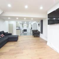 6 Bed House Leeds Slps 16 (59)