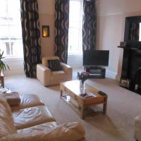Elegant Victorian 3 Bed Kelvingrove Apartment
