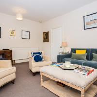 Flat in Battersea Accommodates 5
