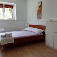 Apartments with WiFi Split - 13459