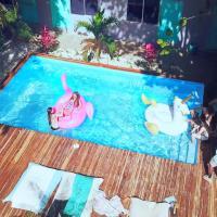 La Oveja Tamarindo Hostel & Surf Camp