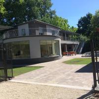 Családi Villa