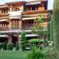 The Oasis Srinagar, hotel in Srinagar