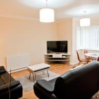 OYO Room and Roof Southampton Serviced Apartments