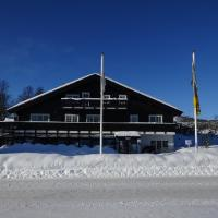 Apartment between Ustaoset and Geilo </h2 <div class=sr-card__item sr-card__item--badges <div class= sr-card__badge sr-card__badge--class u-margin:0  data-ga-track=click data-ga-category=SR Card Click data-ga-action=Hotel rating data-ga-label=book_window: 10 day(s)  <span class=bh-quality-bars bh-quality-bars--small  data-bui-component=Tooltip title=Tildeles <strongbolig- og leilighetlignende overnattingssteder</strong på Booking.com. Vurderingene gis på grunnlag av fasiliteter, størrelse, beliggenhet og service. data-tooltip-position=bottom data-et-click=customGoal:NAFQOeaLQeUYCSJabJNCRbQfXJOOIBBO:4  <svg class=bk-icon -iconset-square_rating fill=#FEBB02 height=16 width=16<use xlink:href=#icon-iconset-square_rating</use</svg<svg class=bk-icon -iconset-square_rating fill=#FEBB02 height=16 width=16<use xlink:href=#icon-iconset-square_rating</use</svg<svg class=bk-icon -iconset-square_rating fill=#FEBB02 height=16 width=16<use xlink:href=#icon-iconset-square_rating</use</svg </span </div   <div style=padding: 2px 0  <div class=bui-review-score c-score bui-review-score--smaller <div class=bui-review-score__badge 8,4 </div <div class=bui-review-score__content <div class=bui-review-score__title Meget bra </div </div </div   </div </div <div class=sr-card__item sr-card__item--location  data-ga-track=click data-ga-category=SR Card Click data-ga-action=Hotel location data-ga-label=book_window: 10 day(s)  <svg class=bk-icon -iconset-geo_pin sr_svg__card_icon height=12 width=12<use xlink:href=#icon-iconset-geo_pin</use</svg <div class= sr-card__item__content   Geilo &bull; <span 2,8 km </span  fra sentrum </div </div <div class=sr-card__item    <svg class=bk-icon -iconset-skiing sr_svg__card_icon height=12 width=12<use xlink:href=#icon-iconset-skiing</use</svg <div class= sr-card__item__content   Skiløyper rett utenfor døren </div </div </div <div class= sr-card__price sr-card__price--urgency m_sr_card__price_with_unit_name  data-et-view= BKPBOLBdJNJDKVJWcC:1  OMOQcUFDCXSWAbDZAWe:1    <div class=m_sr_card__price_unit_name m_sr_card__price_small Leilighet </div <div data-et-view=OMeRQWNdbLGMGcZUYaTTDPdVO:6</div <div class=mpc-wrapper bui-price-display mpc-sr-default-assembly-wrapper <div class=mpc-ltr-right-align-helper <div class=bui-price-display__label mpc-inline-block-maker-helper1 natt · 2 voksne</div </div <div class=mpc-ltr-right-align-helper <div class=bui-price-display__value mpc-inline-block-maker-helper TL 445 </div </div <div class=mpc-ltr-right-align-helper <div class=prd-taxes-and-fees-under-price mpc-inline-block-maker-helper blockuid- data-excl-charges-raw=198.37 data-cur-stage=2  + TL 198 i skatter og avgifter  </div  </div </div <p class=urgency_price   <span class=sr_simple_card_price_from sr_simple_card_price_includes--text data-ga-track=click data-ga-category=SR Card Click data-ga-action=Hotel price persuasion data-ga-label=book_window: 10 day(s) data-et-view=   Vi har kun <span class=sr-card__item--strong1 igjen</span! </span </p <div class=breakfast_included--constructive u-font-weight:bold </div </div </div </a </li <div data-et-view=cJaQWPWNEQEDSVWe:1</div <li id=hotel_3707097 data-is-in-favourites=0 data-hotel-id='3707097' class=sr-card sr-card--arrow bui-card bui-u-bleed@small js-sr-card m_sr_info_icons card-halved card-halved--active   <a href=/hotel/no/new-apartment-located-below-urundberget-in-geilo.no.html?label=gen173nr-1FCAQoggJCDGNpdHlfLTI1OTUzNEgdWARo5AGIAQGYAR24ARjIAQXYAQHoAQH4AQOIAgGoAgS4As32k-cFwAIB&sid=e6da68691b2e400b7c8d6bab08281950&all_sr_blocks=370709701_146561851_2_0_0&checkin=2019-06-01&checkout=2019-06-02&dest_id=-259534&dest_type=city&fcpilot=0&hapos=5&highlighted_blocks=370709701_146561851_2_0_0&hpos=5&nflt=pri%3D&sr_order=price&srepoch=1558510413&srpvid=eeec3526b9c10048&ucfs=1&bhgwe_cep=1&bhgwe_bhr=1&matching_block_id=370709701_146561851_2_0_0&ref_is_wl=1&srhp=1 target=_blank class=sr-card__row bui-card__content data-et-view=  <div class=sr-card__image js-sr_simple_card_hotel_image has-debolded-deal js-lazy-image sr-card__image--lazy data-src=https://r-cf.bstatic.com/xdata/images/hotel/square200/185661610.jpg?k=5f3e0a35d82db0567394aea4fae241601f2c989cc15cb5581cd67f35765d4085&o=&s=1,https://r-cf.bstatic.com/xdata/images/hotel/max1024x768/185661610.jpg?k=a65d9c27dfc5cad9e61993ae0565be73fd14e6ff9aa1e8d49b8e59971033a9a0&o=&s=1  <div class=sr-card__image-inner css-loading-hidden <div class=sr-card__quick-preview s70 style=display: none; <div class=sr-card__quick-preview-inner <div class=icon-rectangle-below</div <div class=icon-rectangle-above</div </div </div </div <noscript <div class=sr-card__image--nojs style=background-image: url('https://r-cf.bstatic.com/xdata/images/hotel/square200/185661610.jpg?k=5f3e0a35d82db0567394aea4fae241601f2c989cc15cb5581cd67f35765d4085&o=&s=1')</div </noscript </div <div class=sr-card__details data-et-click=     <div class=sr-card_details__inner <div data-et-view= NAFQICFHUeUEBETbTLeeZAAZbeEHJNAFLPGWEYZLPYO:1 NAFQICFHUeUEBETbTLeeZAAZbeEHJNAFLPGWEYZLPYO:2 </div <h2 class=sr-card__name u-margin:0 u-padding:0 data-ga-track=click data-ga-category=SR Card Click data-ga-action=Hotel name data-ga-label=book_window: 10 day(s)  New apartment located below Urundberget in Geilo </h2 <div class=sr-card__item sr-card__item--badges <div class= sr-card__badge sr-card__badge--class u-margin:0  data-ga-track=click data-ga-category=SR Card Click data-ga-action=Hotel rating data-ga-label=book_window: 10 day(s)  <span class=bh-quality-bars bh-quality-bars--small  data-bui-component=Tooltip title=Tildeles <strongbolig- og leilighetlignende overnattingssteder</strong på Booking.com. Vurderingene gis på grunnlag av fasiliteter, størrelse, beliggenhet og service. data-tooltip-position=bottom data-et-click=customGoal:NAFQOeaLQeUYCSJabJNCRbQfXJOOIBBO:4  <svg class=bk-icon -iconset-square_rating fill=#FEBB02 height=16 width=16<use xlink:href=#icon-iconset-square_rating</use</svg<svg class=bk-icon -iconset-square_rating fill=#FEBB02 height=16 width=16<use xlink:href=#icon-iconset-square_rating</use</svg<svg class=bk-icon -iconset-square_rating fill=#FEBB02 height=16 width=16<use xlink:href=#icon-iconset-square_rating</use</svg </span </div   <div style=padding: 2px 0  <div class=bui-review-score c-score bui-review-score--smaller <div class=bui-review-score__badge 8,5 </div <div class=bui-review-score__content <div class=bui-review-score__title Meget bra </div </div </div   </div </div <div class=sr-card__item sr-card__item--location  data-ga-track=click data-ga-category=SR Card Click data-ga-action=Hotel location data-ga-label=book_window: 10 day(s)  <svg class=bk-icon -iconset-geo_pin sr_svg__card_icon height=12 width=12<use xlink:href=#icon-iconset-geo_pin</use</svg <div class= sr-card__item__content   Geilo &bull; <span 2,8 km </span  fra sentrum </div </div </div <div class= sr-card__price sr-card__price--urgency m_sr_card__price_with_unit_name  data-et-view= BKPBOLBdJNJDKVJWcC:1  OMOQcUFDCXSWAbDZAWe:1    <div class=m_sr_card__price_unit_name m_sr_card__price_small Leilighet </div <div data-et-view=OMeRQWNdbLGMGcZUYaTTDPdVO:6</div <div class=mpc-wrapper bui-price-display mpc-sr-default-assembly-wrapper <div class=mpc-ltr-right-align-helper <div class=bui-price-display__label mpc-inline-block-maker-helper1 natt · 2 voksne</div </div <div class=mpc-ltr-right-align-helper <div class=bui-price-display__value mpc-inline-block-maker-helper TL 445 </div </div <div class=mpc-ltr-right-align-helper <div class=prd-taxes-and-fees-under-price mpc-inline-block-maker-helper blockuid- data-excl-charges-raw=198.37 data-cur-stage=2  + TL 198 i skatter og avgifter  </div  </div </div <p class=urgency_price   <span class=sr_simple_card_price_from sr_simple_card_price_includes--text data-ga-track=click data-ga-category=SR Card Click data-ga-action=Hotel price persuasion data-ga-label=book_window: 10 day(s) data-et-view=   Vi har kun <span class=sr-card__item--strong1 igjen</span! </span </p <div class=breakfast_included--constructive u-font-weight:bold </div </div </div </a </li <div data-et-view=cJaQWPWNEQEDSVWe:1</div <li id=hotel_2532074 data-is-in-favourites=0 data-hotel-id='2532074' class=sr-card sr-card--arrow bui-card bui-u-bleed@small js-sr-card m_sr_info_icons card-halved card-halved--active   <a href=/hotel/no/tuftelia-vertshus.no.html?label=gen173nr-1FCAQoggJCDGNpdHlfLTI1OTUzNEgdWARo5AGIAQGYAR24ARjIAQXYAQHoAQH4AQOIAgGoAgS4As32k-cFwAIB&sid=e6da68691b2e400b7c8d6bab08281950&all_sr_blocks=253207403_103887479_2_41_0&checkin=2019-06-01&checkout=2019-06-02&dest_id=-259534&dest_type=city&fcpilot=0&hapos=6&highlighted_blocks=253207403_103887479_2_41_0&hpos=6&nflt=pri%3D&sr_order=price&srepoch=1558510413&srpvid=eeec3526b9c10048&ucfs=1&matching_block_id=253207403_103887479_2_0_0&has_campaign_deals_getaway19_customer_label=1&ref_is_wl=1&srhp=1 target=_blank class=sr-card__row bui-card__content data-et-view=  <div class=sr-card__image js-sr_simple_card_hotel_image has-debolded-deal js-lazy-image sr-card__image--lazy data-src=https://r-cf.bstatic.com/xdata/images/hotel/square200/118660994.jpg?k=14a4cb61e5f6f89544f79883c3293bc3b3be8c065265774a36ff5dc7173b607e&o=&s=1,https://r-cf.bstatic.com/xdata/images/hotel/max1024x768/118660994.jpg?k=ebab67fbd0e2ccc332b23f1aa5855aa16192d2af76ce56efc5339de5911e6ad6&o=&s=1  <div class=sr-card__image-inner css-loading-hidden <div class=sr-card__quick-preview s70 style=display: none; <div class=sr-card__quick-preview-inner <div class=icon-rectangle-below</div <div class=icon-rectangle-above</div </div </div </div <noscript <div class=sr-card__image--nojs style=background-image: url('https://r-cf.bstatic.com/xdata/images/hotel/square200/118660994.jpg?k=14a4cb61e5f6f89544f79883c3293bc3b3be8c065265774a36ff5dc7173b607e&o=&s=1')</div </noscript </div <div class=sr-card__details data-et-click=     <div class=sr-card_details__inner <h2 class=sr-card__name u-margin:0 u-padding:0 data-ga-track=click data-ga-category=SR Card Click data-ga-action=Hotel name data-ga-label=book_window: 10 day(s)  Tuftelia Vertshus </h2 <div class=sr-card__item sr-card__item--badges <div class=m-badge m-badge__genius  m-badge__genius--small   </div <div style=padding: 2px 0  <div class=bui-review-score c-score bui-review-score--smaller <div class=bui-review-score__badge 8,3 </div <div class=bui-review-score__content <div class=bui-review-score__title Meget bra </div </div </div   </div </div <div class=bui-badge bui-badge--callout <spanFerietilbud</span </div <div class=sr-card__item sr-card__item--location  data-ga-track=click data-ga-category=SR Card Click data-ga-action=Hotel location data-ga-label=book_window: 10 day(s)  <svg class=bk-icon -iconset-geo_pin sr_svg__card_icon height=12 width=12<use xlink:href=#icon-iconset-geo_pin</use</svg <div class= sr-card__item__content   Geilo &bull; <span 3,6 km </span  fra sentrum </div </div <div class=sr-card__item    <svg class=bk-icon -iconset-skiing sr_svg__card_icon height=12 width=12<use xlink:href=#icon-iconset-skiing</use</svg <div class= sr-card__item__content   Skiløyper rett utenfor døren </div </div </div <div class= sr-card__price m_sr_card__price_with_unit_name  data-et-view= BKPBOLBdJNJDKVJWcC:1  OMOQcUFDCXSWAbDZAWe:1    <div class=m_sr_card__price_unit_name m_sr_card__price_small Tomannsrom med felles bad </div <div data-et-view=OMeRQWNdbLGMGcZUYaTTDPdVO:1</div <div data-et-view=OMeRQWNdbLGMGcZUYaTTDPdVO:4</div <div class=mpc-wrapper bui-price-display mpc-sr-default-assembly-wrapper <div class=mpc-ltr-right-align-helper <div class=bui-price-display__label mpc-inline-block-maker-helper1 natt · 2 voksne</div </div <div class=mpc-ltr-right-align-helper <div class=bui-price-display__original mpc-inline-block-maker-helper aria-hidden=true  TL 615 </div <div class=bui-price-display__value mpc-inline-block-maker-helper TL 471 </div </div <div class=mpc-ltr-right-align-helper <div class=prd-taxes-and-fees-under-price mpc-inline-block-maker-helper blockuid- data-excl-charges-raw= data-cur-stage=1  inkluderer skatter og avgifter </div  </div </div <div class=breakfast_included--constructive u-font-weight:bold Inkludert frokost </div </div </div </a </li <div data-et-view=cJaQWPWNEQEDSVWe:1</div <li id=hotel_2941781 data-is-in-favourites=0 data-hotel-id='2941781' class=sr-card sr-card--arrow bui-card bui-u-bleed@small js-sr-card m_sr_info_icons card-halved card-halved--active   <a href=/hotel/no/utsikten-geilo.no.html?label=gen173nr-1FCAQoggJCDGNpdHlfLTI1OTUzNEgdWARo5AGIAQGYAR24ARjIAQXYAQHoAQH4AQOIAgGoAgS4As32k-cFwAIB&sid=e6da68691b2e400b7c8d6bab08281950&all_sr_blocks=294178101_109590049_0_0_0&checkin=2019-06-01&checkout=2019-06-02&dest_id=-259534&dest_type=city&fcpilot=0&hapos=7&highlighted_blocks=294178101_109590049_0_0_0&hpos=7&nflt=pri%3D&sr_order=price&srepoch=1558510413&srpvid=eeec3526b9c10048&ucfs=1&bhgwe_cep=1&bhgwe_bhr=1&matching_block_id=294178101_109590049_5_0_0&ref_is_wl=1&srhp=1 target=_blank class=sr-card__row bui-card__content data-et-view=  <div class=sr-card__image js-sr_simple_card_hotel_image has-debolded-deal js-lazy-image sr-card__image--lazy data-src=https://q-cf.bstatic.com/xdata/images/hotel/square200/123145193.jpg?k=dc2831d8874ce5a7417001c96a885c79befa839fac9e45b170989eaaf4e7b846&o=&s=1,https://r-cf.bstatic.com/xdata/images/hotel/max1024x768/123145193.jpg?k=a1e1bc5e1a701226aa0965d0013240f34efc6e61b5c12324cdeeef4cd1615d6f&o=&s=1  <div class=sr-card__image-inner css-loading-hidden <div class=sr-card__quick-preview s70 style=display: none; <div class=sr-card__quick-preview-inner <div class=icon-rectangle-below</div <div class=icon-rectangle-above</div </div </div </div <noscript <div class=sr-card__image--nojs style=background-image: url('https://q-cf.bstatic.com/xdata/images/hotel/square200/123145193.jpg?k=dc2831d8874ce5a7417001c96a885c79befa839fac9e45b170989eaaf4e7b846&o=&s=1')</div </noscript </div <div class=sr-card__details data-et-click=     <div class=sr-card_details__inner <div data-et-view= NAFQICFHUeUEBETbTLeeZAAZbeEHJNAFLPGWEYZLPYO:1 NAFQICFHUeUEBETbTLeeZAAZbeEHJNAFLPGWEYZLPYO:2 </div <h2 class=sr-card__name u-margin:0 u-padding:0 data-ga-track=click data-ga-category=SR Card Click data-ga-action=Hotel name data-ga-label=book_window: 10 day(s)  Knutebu Two-Bedroom Cottage </h2 <div class=sr-card__item sr-card__item--badges <div class= sr-card__badge sr-card__badge--class u-margin:0  data-ga-track=click data-ga-category=SR Card Click data-ga-action=Hotel rating data-ga-label=book_window: 10 day(s)  <span class=bh-quality-bars bh-quality-bars--small  data-bui-component=Tooltip title=Tildeles <strongbolig- og leilighetlignende overnattingssteder</strong på Booking.com. Vurderingene gis på grunnlag av fasiliteter, størrelse, beliggenhet og service. data-tooltip-position=bottom data-et-click=customGoal:NAFQOeaLQeUYCSJabJNCRbQfXJOOIBBO:4  <svg class=bk-icon -iconset-square_rating fill=#FEBB02 height=16 width=16<use xlink:href=#icon-iconset-square_rating</use</svg<svg class=bk-icon -iconset-square_rating fill=#FEBB02 height=16 width=16<use xlink:href=#icon-iconset-square_rating</use</svg<svg class=bk-icon -iconset-square_rating fill=#FEBB02 height=16 width=16<use xlink:href=#icon-iconset-square_rating</use</svg </span </div   <div style=padding: 2px 0  <div class=bui-review-score c-score bui-review-score--smaller <div class=bui-review-score__badge 8,1 </div <div class=bui-review-score__content <div class=bui-review-score__title Meget bra </div </div </div   </div </div <div class=c-unit-configuration  <div class=c-unit-configuration--dots c-unit-configuration--bolder 2 soverom • <span class=c-unit-configuration__item2 senger</span </div </div <div class=sr-card__item sr-card__item--location  data-ga-track=click data-ga-category=SR Card Click data-ga-action=Hotel location data-ga-label=book_window: 10 day(s)  <svg class=bk-icon -iconset-geo_pin sr_svg__card_icon height=12 width=12<use xlink:href=#icon-iconset-geo_pin</use</svg <div class= sr-card__item__content   Geilo &bull; <span 5 km </span  fra sentrum </div </div <div class=sr-card__item    <svg class=bk-icon -iconset-skiing sr_svg__card_icon height=12 width=12<use xlink:href=#icon-iconset-skiing</use</svg <div class= sr-card__item__content   Skiløyper rett utenfor døren </div </div </div <div class= sr-card__price sr-card__price--urgency m_sr_card__price_with_unit_name  data-et-view= BKPBOLBdJNJDKVJWcC:1  OMOQcUFDCXSWAbDZAWe:1    <div class=m_sr_card__price_unit_name m_sr_card__price_small Hus med 2 soverom </div <div data-et-view=OMeRQWNdbLGMGcZUYaTTDPdVO:6</div <div class=mpc-wrapper bui-price-display mpc-sr-default-assembly-wrapper <div class=mpc-ltr-right-align-helper <div class=bui-price-display__label mpc-inline-block-maker-helper1 natt · 2 voksne</div </div <div class=mpc-ltr-right-align-helper <div class=bui-price-display__value mpc-inline-block-maker-helper TL 473 </div </div <div class=mpc-ltr-right-align-helper <div class=prd-taxes-and-fees-under-price mpc-inline-block-maker-helper blockuid- data-excl-charges-raw= data-cur-stage=1  inkluderer skatter og avgifter </div  </div </div <p class=urgency_price   <span class=sr_simple_card_price_from sr_simple_card_price_includes--text data-ga-track=click data-ga-category=SR Card Click data-ga-action=Hotel price persuasion data-ga-label=book_window: 10 day(s) data-et-view=   Vi har kun <span class=sr-card__item--strong1 igjen</span! </span </p <div class=breakfast_included--constructive u-font-weight:bold </div </div </div </a </li <div data-et-view=cJaQWPWNEQEDSVWe:1</div <li id=hotel_2914243 data-is-in-favourites=0 data-hotel-id='2914243' class=sr-card sr-card--arrow bui-card bui-u-bleed@small js-sr-card m_sr_info_icons card-halved card-halved--active   <a href=/hotel/no/nybu.no.html?label=gen173nr-1FCAQoggJCDGNpdHlfLTI1OTUzNEgdWARo5AGIAQGYAR24ARjIAQXYAQHoAQH4AQOIAgGoAgS4As32k-cFwAIB&sid=e6da68691b2e400b7c8d6bab08281950&all_sr_blocks=291424301_109104684_0_0_0&checkin=2019-06-01&checkout=2019-06-02&dest_id=-259534&dest_type=city&fcpilot=0&hapos=8&highlighted_blocks=291424301_109104684_0_0_0&hpos=8&nflt=pri%3D&sr_order=price&srepoch=1558510413&srpvid=eeec3526b9c10048&ucfs=1&bhgwe_cep=1&bhgwe_bhr=0&matching_block_id=291424301_109104684_6_0_0&ref_is_wl=1&srhp=1 target=_blank class=sr-card__row bui-card__content data-et-view=  <div class=sr-card__image js-sr_simple_card_hotel_image has-debolded-deal js-lazy-image sr-card__image--lazy data-src=https://q-cf.bstatic.com/xdata/images/hotel/square200/122589900.jpg?k=a82ee27fd04b55579e0ec09c2dd0d0dc24294d6c11918e758e3c58fc617bffea&o=&s=1,https://r-cf.bstatic.com/xdata/images/hotel/max1024x768/122589900.jpg?k=f2de09f3cae61b4104ee1a44e54c301b37f1caa1a47b91b35f05c8c6c964d436&o=&s=1  <div class=sr-card__image-inner css-loading-hidden <div class=sr-card__quick-preview s70 style=display: none; <div class=sr-card__quick-preview-inner <div class=icon-rectangle-below</div <div class=icon-rectangle-above</div </div </div </div <noscript <div class=sr-card__image--nojs style=background-image: url('https://q-cf.bstatic.com/xdata/images/hotel/square200/122589900.jpg?k=a82ee27fd04b55579e0ec09c2dd0d0dc24294d6c11918e758e3c58fc617bffea&o=&s=1')</div </noscript </div <div class=sr-card__details data-et-click=     <div class=sr-card_details__inner <div data-et-view= NAFQICFHUeUEBETbTLeeZAAZbeEHJNAFLPGWEYZLPYO:1 NAFQICFHUeUEBETbTLeeZAAZbeEHJNAFLPGWEYZLPYO:2 </div <h2 class=sr-card__name u-margin:0 u-padding:0 data-ga-track=click data-ga-category=SR Card Click data-ga-action=Hotel name data-ga-label=book_window: 10 day(s)  Nybu Two-bedroom cottage </h2 <div class=sr-card__item sr-card__item--badges <div style=padding: 2px 0  <div class=bui-review-score c-score bui-review-score--smaller <div class=bui-review-score__badge 7,8 </div <div class=bui-review-score__content <div class=bui-review-score__title Bra </div </div </div   </div </div <div class=c-unit-configuration  <div class=c-unit-configuration--dots c-unit-configuration--bolder 2 soverom • <span class=c-unit-configuration__item4 senger</span </div </div <div class=sr-card__item sr-card__item--location  data-ga-track=click data-ga-category=SR Card Click data-ga-action=Hotel location data-ga-label=book_window: 10 day(s)  <svg class=bk-icon -iconset-geo_pin sr_svg__card_icon height=12 width=12<use xlink:href=#icon-iconset-geo_pin</use</svg <div class= sr-card__item__content   Geilo &bull; <span 5 km </span  fra sentrum </div </div <div class=sr-card__item    <svg class=bk-icon -iconset-skiing sr_svg__card_icon height=12 width=12<use xlink:href=#icon-iconset-skiing</use</svg <div class= sr-card__item__content   Skiløyper rett utenfor døren </div </div </div <div class= sr-card__price sr-card__price--urgency m_sr_card__price_with_unit_name  data-et-view= BKPBOLBdJNJDKVJWcC:1  OMOQcUFDCXSWAbDZAWe:1    <div class=m_sr_card__price_unit_name m_sr_card__price_small Hus med 2 soverom </div <div data-et-view=OMeRQWNdbLGMGcZUYaTTDPdVO:6</div <div class=mpc-wrapper bui-price-display mpc-sr-default-assembly-wrapper <div class=mpc-ltr-right-align-helper <div class=bui-price-display__label mpc-inline-block-maker-helper1 natt · 2 voksne</div </div <div class=mpc-ltr-right-align-helper <div class=bui-price-display__value mpc-inline-block-maker-helper TL 541 </div </div <div class=mpc-ltr-right-align-helper <div class=prd-taxes-and-fees-under-price mpc-inline-block-maker-helper blockuid- data-excl-charges-raw= data-cur-stage=1  inkluderer skatter og avgifter </div  </div </div <p class=urgency_price   <span class=sr_simple_card_price_from sr_simple_card_price_includes--text data-ga-track=click data-ga-category=SR Card Click data-ga-action=Hotel price persuasion data-ga-label=book_window: 10 day(s) data-et-view=   Vi har kun <span class=sr-card__item--strong1 igjen</span! </span </p <div class=breakfast_included--constructive u-font-weight:bold </div </div </div </a </li <div data-et-view=cJaQWPWNEQEDSVWe:1</div <li id=hotel_2703613 data-is-in-favourites=0 data-hotel-id='2703613' class=sr-card sr-card--arrow bui-card bui-u-bleed@small js-sr-card m_sr_info_icons card-halved card-halved--active   <a href=/hotel/no/geilo-vandrerhjem.no.html?label=gen173nr-1FCAQoggJCDGNpdHlfLTI1OTUzNEgdWARo5AGIAQGYAR24ARjIAQXYAQHoAQH4AQOIAgGoAgS4As32k-cFwAIB&sid=e6da68691b2e400b7c8d6bab08281950&all_sr_blocks=270361302_120724815_2_1_0&checkin=2019-06-01&checkout=2019-06-02&dest_id=-259534&dest_type=city&fcpilot=0&hapos=9&highlighted_blocks=270361302_120724815_2_1_0&hpos=9&nflt=pri%3D&sr_order=price&srepoch=1558510413&srpvid=eeec3526b9c10048&ucfs=1&matching_block_id=270361302_120724815_2_0_0&srhp=1&ref_is_wl=1 target=_blank class=sr-card__row bui-card__content data-et-view=  <div class=sr-card__image js-sr_simple_card_hotel_image has-debolded-deal js-lazy-image sr-card__image--lazy data-src=https://q-cf.bstatic.com/xdata/images/hotel/square200/113652428.jpg?k=d0449251859be092a402d57d347f8973eb492a37255154539cda282e999ff9ce&o=&s=1,https://q-cf.bstatic.com/xdata/images/hotel/max1024x768/113652428.jpg?k=6eb890328850987c80621cc99c04e2caedae589e81274b1e0ffcf334cf212e45&o=&s=1  <div class=sr-card__image-inner css-loading-hidden <div class=sr-card__quick-preview s70 style=display: none; <div class=sr-card__quick-preview-inner <div class=icon-rectangle-below</div <div class=icon-rectangle-above</div </div </div </div <noscript <div class=sr-card__image--nojs style=background-image: url('https://q-cf.bstatic.com/xdata/images/hotel/square200/113652428.jpg?k=d0449251859be092a402d57d347f8973eb492a37255154539cda282e999ff9ce&o=&s=1')</div </noscript </div <div class=sr-card__details data-et-click=     <div class=sr-card_details__inner <h2 class=sr-card__name u-margin:0 u-padding:0 data-ga-track=click data-ga-category=SR Card Click data-ga-action=Hotel name data-ga-label=book_window: 10 day(s)  Geilo Vandrerhjem </h2 <div class=sr-card__item sr-card__item--badges <div style=padding: 2px 0  <div class=bui-review-score c-score bui-review-score--smaller <div class=bui-review-score__badge 7,7 </div <div class=bui-review-score__content <div class=bui-review-score__title Bra </div </div </div   </div </div <div class=sr-card__item sr-card__item--location  data-ga-track=click data-ga-category=SR Card Click data-ga-action=Hotel location data-ga-label=book_window: 10 day(s)  <svg class=bk-icon -iconset-geo_pin sr_svg__card_icon height=12 width=12<use xlink:href=#icon-iconset-geo_pin</use</svg <div class= sr-card__item__content   Geilo &bull; <span 2,1 km </span  fra sentrum </div </div </div <div class= sr-card__price sr-card__price--urgency m_sr_card__price_with_unit_name  data-et-view= BKPBOLBdJNJDKVJWcC:1  OMOQcUFDCXSWAbDZAWe:1    <div class=m_sr_card__price_unit_name m_sr_card__price_small Dobbeltrom med felles bad </div <div data-et-view=OMeRQWNdbLGMGcZUYaTTDPdVO:4</div <div data-et-view=OMeRQWNdbLGMGcZUYaTTDPdVO:6</div <div class=mpc-wrapper bui-price-display mpc-sr-default-assembly-wrapper <div class=mpc-ltr-right-align-helper <div class=bui-price-display__label mpc-inline-block-maker-helper1 natt · 2 voksne</div </div <div class=mpc-ltr-right-align-helper <div class=bui-price-display__value mpc-inline-block-maker-helper TL 544 </div </div <div class=mpc-ltr-right-align-helper <div class=prd-taxes-and-fees-under-price mpc-inline-block-maker-helper blockuid- data-excl-charges-raw= data-cur-stage=1  inkluderer skatter og avgifter </div  </div </div <p class=urgency_price   <span class=sr_simple_card_price_from sr_simple_card_price_includes--text data-ga-track=click data-ga-category=SR Card Click data-ga-action=Hotel price persuasion data-ga-label=book_window: 10 day(s) data-et-view=   Kun <span class=sr-card__item--strong2 igjen</span! </span </p <div class=breakfast_included--constructive u-font-weight:bold Inkludert frokost </div </div </div </a </li <div data-et-view=cJaQWPWNEQEDSVWe:1</div <li id=hotel_4971439 data-is-in-favourites=0 data-hotel-id='4971439' class=sr-card sr-card--arrow bui-card bui-u-bleed@small js-sr-card m_sr_info_icons card-halved card-halved--active   <a href=/hotel/no/1-3-lienvegen.no.html?label=gen173nr-1FCAQoggJCDGNpdHlfLTI1OTUzNEgdWARo5AGIAQGYAR24ARjIAQXYAQHoAQH4AQOIAgGoAgS4As32k-cFwAIB&sid=e6da68691b2e400b7c8d6bab08281950&all_sr_blocks=497143901_167398823_6_0_0&checkin=2019-06-01&checkout=2019-06-02&dest_id=-259534&dest_type=city&fcpilot=0&hapos=10&highlighted_blocks=497143901_167398823_6_0_0&hpos=10&nflt=pri%3D&sr_order=price&srepoch=1558510413&srpvid=eeec3526b9c10048&ucfs=1&bhgwe_cep=1&bhgwe_bhr=1&matching_block_id=497143901_167398823_6_0_0&srhp=1&ref_is_wl=1 target=_blank class=sr-card__row bui-card__content data-et-view=  <div class=sr-card__image js-sr_simple_card_hotel_image has-debolded-deal js-lazy-image sr-card__image--lazy data-src=https://r-cf.bstatic.com/xdata/images/hotel/square200/195265289.jpg?k=bd216d1abdd589a2672507be4b7c1c3148ac7c388a619305e33638634e5becbc&o=&s=1,https://q-cf.bstatic.com/xdata/images/hotel/max1024x768/195265289.jpg?k=6b89cd8bc50bed93cee16ee4d52a65772385361e978da4e8d8fdeff4483c6e8f&o=&s=1  <div class=sr-card__image-inner css-loading-hidden <div class=sr-card__quick-preview s70 style=display: none; <div class=sr-card__quick-preview-inner <div class=icon-rectangle-below</div <div class=icon-rectangle-above</div </div </div </div <noscript <div class=sr-card__image--nojs style=background-image: url('https://r-cf.bstatic.com/xdata/images/hotel/square200/195265289.jpg?k=bd216d1abdd589a2672507be4b7c1c3148ac7c388a619305e33638634e5becbc&o=&s=1')</div </noscript </div <div class=sr-card__details data-et-click=     <div class=sr-card_details__inner <div data-et-view= NAFQICFHUeUEBETbTLeeZAAZbeEHJNAFLPGWEYZLPYO:1 NAFQICFHUeUEBETbTLeeZAAZbeEHJNAFLPGWEYZLPYO:2 </div <h2 class=sr-card__name u-margin:0 u-padding:0 data-ga-track=click data-ga-category=SR Card Click data-ga-action=Hotel name data-ga-label=book_window: 10 day(s)  1-3 Lienvegen </h2 <div class=sr-card__item sr-card__item--badges <div style=padding: 2px 0    </div </div <div class=sr-card__item sr-card__item--location  data-ga-track=click data-ga-category=SR Card Click data-ga-action=Hotel location data-ga-label=book_window: 10 day(s)  <svg class=bk-icon -iconset-geo_pin sr_svg__card_icon height=12 width=12<use xlink:href=#icon-iconset-geo_pin</use</svg <div class= sr-card__item__content   Geilo &bull; <span 250 m </span  fra sentrum </div </div </div <div class= sr-card__price sr-card__price--urgency m_sr_card__price_with_unit_name  data-et-view= BKPBOLBdJNJDKVJWcC:1  OMOQcUFDCXSWAbDZAWe:1    <div class=m_sr_card__price_unit_name m_sr_card__price_small Leilighet med 1 soverom </div <div data-et-view=OMeRQWNdbLGMGcZUYaTTDPdVO:6</div <div class=mpc-wrapper bui-price-display mpc-sr-default-assembly-wrapper <div class=mpc-ltr-right-align-helper <div class=bui-price-display__label mpc-inline-block-maker-helper1 natt · 2 voksne</div </div <div class=mpc-ltr-right-align-helper <div class=bui-price-display__value mpc-inline-block-maker-helper TL 573 </div </div <div class=mpc-ltr-right-align-helper <div class=prd-taxes-and-fees-under-price mpc-inline-block-maker-helper blockuid- data-excl-charges-raw= data-cur-stage=1  inkluderer skatter og avgifter </div  </div </div <p class=urgency_price   <span class=sr_simple_card_price_from sr_simple_card_price_includes--text data-ga-track=click data-ga-category=SR Card Click data-ga-action=Hotel price persuasion data-ga-label=book_window: 10 day(s) data-et-view=   Vi har kun <span class=sr-card__item--strong1 igjen</span! </span </p <div class=breakfast_included--constructive u-font-weight:bold </div </div </div </a </li <div data-et-view=cJaQWPWNEQEDSVWe:1</div <li id=hotel_253351 data-is-in-favourites=0 data-hotel-id='253351' class=sr-card sr-card--arrow bui-card bui-u-bleed@small js-sr-card m_sr_info_icons card-halved card-halved--active   <a href=/hotel/no/geilolia-hyttetun-ferieleiligheter.no.html?label=gen173nr-1FCAQoggJCDGNpdHlfLTI1OTUzNEgdWARo5AGIAQGYAR24ARjIAQXYAQHoAQH4AQOIAgGoAgS4As32k-cFwAIB&sid=e6da68691b2e400b7c8d6bab08281950&all_sr_blocks=25335102_110910468_0_0_0&checkin=2019-06-01&checkout=2019-06-02&dest_id=-259534&dest_type=city&fcpilot=0&hapos=11&highlighted_blocks=25335102_110910468_0_0_0&hpos=11&nflt=pri%3D&sr_order=price&srepoch=1558510413&srpvid=eeec3526b9c10048&ucfs=1&bhgwe_cep=1&bhgwe_bhr=1&matching_block_id=25335102_110910468_4_0_0&ref_is_wl=1&srhp=1 target=_blank class=sr-card__row bui-card__content data-et-view=  <div class=sr-card__image js-sr_simple_card_hotel_image has-debolded-deal js-lazy-image sr-card__image--lazy data-src=https://q-cf.bstatic.com/xdata/images/hotel/square200/120301209.jpg?k=84b6fa540fdc4808124236ca7149f2f6c422ed9b2ba531c137afdb6188f022ee&o=&s=1,https://q-cf.bstatic.com/xdata/images/hotel/max1024x768/120301209.jpg?k=45f72628df9c6087db996d8faba92c4fa41ee3c6ec4df5732afe8c8a4f46fab5&o=&s=1  <div class=sr-card__image-inner css-loading-hidden <div class=sr-card__quick-preview s70 style=display: none; <div class=sr-card__quick-preview-inner <div class=icon-rectangle-below</div <div class=icon-rectangle-above</div </div </div <div  class= sr_simple_card--deal  sr_text_shadow  data-ga-track=click data-ga-category=SR Card Click data-ga-action=Bottom ribbon data-ga-label=book_window: 10 day(s)    Dagens røverkjøp </div </div <noscript <div class=sr-card__image--nojs style=background-image: url('https://q-cf.bstatic.com/xdata/images/hotel/square200/120301209.jpg?k=84b6fa540fdc4808124236ca7149f2f6c422ed9b2ba531c137afdb6188f022ee&o=&s=1')</div </noscript </div <div class=sr-card__details data-et-click=     <div class=sr-card_details__inner <div data-et-view= NAFQICFHUeUEBETbTLeeZAAZbeEHJNAFLPGWEYZLPYO:1 NAFQICFHUeUEBETbTLeeZAAZbeEHJNAFLPGWEYZLPYO:2 </div <h2 class=sr-card__name u-margin:0 u-padding:0 data-ga-track=click data-ga-category=SR Card Click data-ga-action=Hotel name data-ga-label=book_window: 10 day(s)  Geilolia Ferieleiligheter </h2 <div class=sr-card__item sr-card__item--badges <div class= sr-card__badge sr-card__badge--class u-margin:0  data-ga-track=click data-ga-category=SR Card Click data-ga-action=Hotel rating data-ga-label=book_window: 10 day(s)  <i class= bk-icon-wrapper bk-icon-stars star_track  title=3 stjerner  <svg aria-hidden=true class=bk-icon -sprite-ratings_stars_3 focusable=false height=10 width=32<use xlink:href=#icon-sprite-ratings_stars_3</use</svg                     <span class=invisible_spoken3 stjerner</span </i </div   <div style=padding: 2px 0  <div class=bui-review-score c-score bui-review-score--smaller <div class=bui-review-score__badge 8,2 </div <div class=bui-review-score__content <div class=bui-review-score__title Meget bra </div </div </div   </div </div <div class=c-unit-configuration  <div class=c-unit-configuration--dots c-unit-configuration--bolder 2 soverom • <span class=c-unit-configuration__item1 stue</span • <span class=c-unit-configuration__item4 senger</span </div </div <div class=sr-card__item sr-card__item--location  data-ga-track=click data-ga-category=SR Card Click data-ga-action=Hotel location data-ga-label=book_window: 10 day(s)  <svg class=bk-icon -iconset-geo_pin sr_svg__card_icon height=12 width=12<use xlink:href=#icon-iconset-geo_pin</use</svg <div class= sr-card__item__content   Geilo &bull; <span 200 m </span  fra sentrum </div </div </div <div class= sr-card__price m_sr_card__price_with_unit_name  data-et-view= BKPBOLBdJNJDKVJWcC:1  OMOQcUFDCXSWAbDZAWe:1    <div class=m_sr_card__price_unit_name m_sr_card__price_small Leilighet med 2 soverom (4 voksne) </div <div class=mpc-wrapper bui-price-display mpc-sr-default-assembly-wrapper <div class=mpc-ltr-right-align-helper <div class=bui-price-display__label mpc-inline-block-maker-helper1 natt · 2 voksne</div </div <div class=mpc-ltr-right-align-helper <div class=bui-price-display__value mpc-inline-block-maker-helper TL 612 </div </div <div class=mpc-ltr-right-align-helper <div class=prd-taxes-and-fees-under-price mpc-inline-block-maker-helper blockuid- data-excl-charges-raw=701.14 data-cur-stage=2  + TL 701 i skatter og avgifter  </div  </div </div <div class=breakfast_included--constructive u-font-weight:bold </div </div </div </a </li <div data-et-view=cJaQWPWNEQEDSVWe:1</div <li id=hotel_253919 data-is-in-favourites=0 data-hotel-id='253919' data-lazy-load-nd class=sr-card sr-card--arrow bui-card bui-u-bleed@small js-sr-card m_sr_info_icons card-halved card-halved--active   <a href=/hotel/no/geilolia-hyttetun.no.html?label=gen173nr-1FCAQoggJCDGNpdHlfLTI1OTUzNEgdWARo5AGIAQGYAR24ARjIAQXYAQHoAQH4AQOIAgGoAgS4As32k-cFwAIB&sid=e6da68691b2e400b7c8d6bab08281950&all_sr_blocks=25391903_124602045_0_0_0&checkin=2019-06-01&checkout=2019-06-02&dest_id=-259534&dest_type=city&fcpilot=0&hapos=12&highlighted_blocks=25391903_124602045_0_0_0&hpos=12&nflt=pri%3D&sr_order=price&srepoch=1558510413&srpvid=eeec3526b9c10048&ucfs=1&bhgwe_cep=1&bhgwe_bhr=1&matching_block_id=25391903_124602045_6_0_0&has_campaign_deals_getaway19_customer_label=1&ref_is_wl=1&srhp=1 target=_blank class=sr-card__row bui-card__content data-et-view=  <div class=sr-card__image js-sr_simple_card_hotel_image has-debolded-deal js-lazy-image sr-card__image--lazy data-src=https://q-cf.bstatic.com/xdata/images/hotel/square200/178127583.jpg?k=ef08a088640dd3ca48fd0609328630561e2540ebee8400a67c54e3850df6610c&o=&s=1,https://r-cf.bstatic.com/xdata/images/hotel/max1024x768/178127583.jpg?k=94957674e037c56d59fd64f76fe9310ad52a61d6763192bd5a9315b577325203&o=&s=1  <div class=sr-card__image-inner css-loading-hidden <div class=sr-card__quick-preview s70 style=display: none; <div class=sr-card__quick-preview-inner <div class=icon-rectangle-below</div <div class=icon-rectangle-above</div </div </div </div <noscript <div class=sr-card__image--nojs style=background-image: url('https://q-cf.bstatic.com/xdata/images/hotel/square200/178127583.jpg?k=ef08a088640dd3ca48fd0609328630561e2540ebee8400a67c54e3850df6610c&o=&s=1')</div </noscript </div <div class=sr-card__details data-et-click=     <div class=sr-card_details__inner <div data-et-view= NAFQICFHUeUEBETbTLeeZAAZbeEHJNAFLPGWEYZLPYO:1 NAFQICFHUeUEBETbTLeeZAAZbeEHJNAFLPGWEYZLPYO:2 </div <h2 class=sr-card__name u-margin:0 u-padding:0 data-ga-track=click data-ga-category=SR Card Click data-ga-action=Hotel name data-ga-label=book_window: 10 day(s)  Geilolia Hyttetun </h2 <div class=sr-card__item sr-card__item--badges <div class= sr-card__badge sr-card__badge--class u-margin:0  data-ga-track=click data-ga-category=SR Card Click data-ga-action=Hotel rating data-ga-label=book_window: 10 day(s)  <i class= bk-icon-wrapper bk-icon-stars star_track  title=3 stjerner  <svg aria-hidden=true class=bk-icon -sprite-ratings_stars_3 focusable=false height=10 width=32<use xlink:href=#icon-sprite-ratings_stars_3</use</svg                     <span class=invisible_spoken3 stjerner</span </i </div   <div class=m-badge m-badge__genius  m-badge__genius--small   </div <div style=padding: 2px 0  <div class=bui-review-score c-score bui-review-score--smaller <div class=bui-review-score__badge 8,8 </div <div class=bui-review-score__content <div class=bui-review-score__title Utmerket </div </div </div   </div </div <div class=c-unit-configuration  <div class=c-unit-configuration--dots c-unit-configuration--bolder 3 soverom • <span class=c-unit-configuration__item1 stue</span • <span class=c-unit-configuration__item5 senger</span </div </div <div class=bui-badge bui-badge--callout <spanFerietilbud</span </div <div class=sr-card__item sr-card__item--location  data-ga-track=click data-ga-category=SR Card Click data-ga-action=Hotel location data-ga-label=book_window: 10 day(s)  <svg class=bk-icon -iconset-geo_pin sr_svg__card_icon height=12 width=12<use xlink:href=#icon-iconset-geo_pin</use</svg <div class= sr-card__item__content   Geilo &bull; <span 1,1 km </span  fra sentrum </div </div <div class=sr-card__item    <svg class=bk-icon -iconset-clock sr_svg__card_icon height=12 width=12<use xlink:href=#icon-iconset-clock</use</svg <div class= sr-card__item__content   Sist booket på datoene dine for 14 timer siden </div </div <div class=sr-card__item    <svg class=bk-icon -iconset-skiing sr_svg__card_icon height=12 width=12<use xlink:href=#icon-iconset-skiing</use</svg <div class= sr-card__item__content   Skiløyper rett utenfor døren </div </div </div <div class= sr-card__price m_sr_card__price_with_unit_name  data-et-view= BKPBOLBdJNJDKVJWcC:1  OMOQcUFDCXSWAbDZAWe:1    <div class=m_sr_card__price_unit_name m_sr_card__price_small Hytte med 3 soverom </div <div class=mpc-wrapper bui-price-display mpc-sr-default-assembly-wrapper <div class=mpc-ltr-right-align-helper <div class=bui-price-display__label mpc-inline-block-maker-helper1 natt · 2 voksne</div </div <div class=mpc-ltr-right-align-helper <div class=bui-price-display__value mpc-inline-block-maker-helper TL 680 </div </div <div class=mpc-ltr-right-align-helper <div class=prd-taxes-and-fees-under-price mpc-inline-block-maker-helper blockuid- data-excl-charges-raw=581.43 data-cur-stage=2  + TL 581 i skatter og avgifter  </div  </div </div <div class=breakfast_included--constructive u-font-weight:bold </div </div </div </a </li <div data-et-view=cJaQWPWNEQEDSVWe:1</div <li id=hotel_4971567 data-is-in-favourites=0 data-hotel-id='4971567' class=sr-card sr-card--arrow bui-card bui-u-bleed@small js-sr-card m_sr_info_icons card-halved card-halved--active   <a href=/hotel/no/fjelltun-fritidsleiligheter-leil.no.html?label=gen173nr-1FCAQoggJCDGNpdHlfLTI1OTUzNEgdWARo5AGIAQGYAR24ARjIAQXYAQHoAQH4AQOIAgGoAgS4As32k-cFwAIB&sid=e6da68691b2e400b7c8d6bab08281950&all_sr_blocks=497156701_167403195_4_0_0&checkin=2019-06-01&checkout=2019-06-02&dest_id=-259534&dest_type=city&fcpilot=0&hapos=13&highlighted_blocks=497156701_167403195_4_0_0&hpos=13&nflt=pri%3D&sr_order=price&srepoch=1558510413&srpvid=eeec3526b9c10048&ucfs=1&bhgwe_cep=1&bhgwe_bhr=1&matching_block_id=497156701_167403195_4_0_0&srhp=1&ref_is_wl=1 target=_blank class=sr-card__row bui-card__content data-et-view=  <div class=sr-card__image js-sr_simple_card_hotel_image has-debolded-deal js-lazy-image sr-card__image--lazy data-src=https://r-cf.bstatic.com/xdata/images/hotel/square200/195136689.jpg?k=2375ae127ecee487282c13d748da6048ce3746cb0536c24c4f64d8e60441509d&o=&s=1,https://q-cf.bstatic.com/xdata/images/hotel/max1024x768/195136689.jpg?k=1e6d6f167bb6a67336fe04740d63fe0bc1b93204eb2f9944568d1a22ee814cf3&o=&s=1  <div class=sr-card__image-inner css-loading-hidden <div class=sr-card__quick-preview s70 style=display: none; <div class=sr-card__quick-preview-inner <div class=icon-rectangle-below</div <div class=icon-rectangle-above</div </div </div </div <noscript <div class=sr-card__image--nojs style=background-image: url('https://r-cf.bstatic.com/xdata/images/hotel/square200/195136689.jpg?k=2375ae127ecee487282c13d748da6048ce3746cb0536c24c4f64d8e60441509d&o=&s=1')</div </noscript </div <div class=sr-card__details data-et-click=     <div class=sr-card_details__inner <div data-et-view= NAFQICFHUeUEBETbTLeeZAAZbeEHJNAFLPGWEYZLPYO:1 NAFQICFHUeUEBETbTLeeZAAZbeEHJNAFLPGWEYZLPYO:2 </div <h2 class=sr-card__name u-margin:0 u-padding:0 data-ga-track=click data-ga-category=SR Card Click data-ga-action=Hotel name data-ga-label=book_window: 10 day(s)  Fjelltun Fritidsleiligheter leil. </h2 <div class=sr-card__item sr-card__item--badges <div style=padding: 2px 0    </div </div <div class=c-unit-configuration  <div class=c-unit-configuration--dots c-unit-configuration--bolder 2 soverom • <span class=c-unit-configuration__item1 stue</span • <span class=c-unit-configuration__item9 senger</span </div </div <div class=sr-card__item sr-card__item--location  data-ga-track=click data-ga-category=SR Card Click data-ga-action=Hotel location data-ga-label=book_window: 10 day(s)  <svg class=bk-icon -iconset-geo_pin sr_svg__card_icon height=12 width=12<use xlink:href=#icon-iconset-geo_pin</use</svg <div class= sr-card__item__content   Geilo &bull; <span 1,2 km </span  fra sentrum </div </div </div <div class= sr-card__price sr-card__price--urgency m_sr_card__price_with_unit_name  data-et-view= BKPBOLBdJNJDKVJWcC:1  OMOQcUFDCXSWAbDZAWe:1    <div class=m_sr_card__price_unit_name m_sr_card__price_small Leilighet med 2 soverom </div <div data-et-view=OMeRQWNdbLGMGcZUYaTTDPdVO:6</div <div class=mpc-wrapper bui-price-display mpc-sr-default-assembly-wrapper <div class=mpc-ltr-right-align-helper <div class=bui-price-display__label mpc-inline-block-maker-helper1 natt · 2 voksne</div </div <div class=mpc-ltr-right-align-helper <div class=bui-price-display__value mpc-inline-block-maker-helper TL 684 </div </div <div class=mpc-ltr-right-align-helper <div class=prd-taxes-and-fees-under-price mpc-inline-block-maker-helper blockuid- data-excl-charges-raw= data-cur-stage=1  inkluderer skatter og avgifter </div  </div </div <p class=urgency_price   <span class=sr_simple_card_price_from sr_simple_card_price_includes--text data-ga-track=click data-ga-category=SR Card Click data-ga-action=Hotel price persuasion data-ga-label=book_window: 10 day(s) data-et-view=   Vi har kun <span class=sr-card__item--strong1 igjen</span! </span </p <div class=breakfast_included--constructive u-font-weight:bold </div </div </div </a </li <div data-et-view=cJaQWPWNEQEDSVWe:1</div <li id=hotel_780041 data-is-in-favourites=0 data-hotel-id='780041' data-component=sr/soldout-card class=sr-card sr-card--arrow bui-card bui-u-bleed@small js-sr-card m_sr_info_icons card-not-available card-halved card-halved--active   <a href=/hotel/no/ustedalen-resort-apartment.no.html?label=gen173nr-1FCAQoggJCDGNpdHlfLTI1OTUzNEgdWARo5AGIAQGYAR24ARjIAQXYAQHoAQH4AQOIAgGoAgS4As32k-cFwAIB&sid=e6da68691b2e400b7c8d6bab08281950&checkin=2019-06-01&checkout=2019-06-02&dest_id=-259534&dest_type=city&hapos=14&hpos=14&nflt=pri%3D&soh=1&sr_order=price&srepoch=1558510413&srpvid=eeec3526b9c10048&ucfs=1&bhgwe_bhr=0&soh=1&ref_is_wl=1&srhp=1 target=_blank class=sr-card__row bui-card__content data-expand-trigger data-et-view=  <div class=sr-card__image js-sr_simple_card_hotel_image has-debolded-deal js-lazy-image sr-card__image--lazy data-src=https://r-cf.bstatic.com/xdata/images/hotel/square200/36584868.jpg?k=d2e4bf909e45b4f634c8e046021e165e706dc2bde6b2a6a5a40179c6e3a8d076&o=&s=1,https://r-cf.bstatic.com/xdata/images/hotel/max1024x768/36584868.jpg?k=901943786895a43894611205213f5e65903a0d0d4cfb7308958d52a6e83320fc&o=&s=1  <div class=sr-card__image-inner css-loading-hidden </div <noscript <div class=sr-card__image--nojs style=background-image: url('https://r-cf.bstatic.com/xdata/images/hotel/square200/36584868.jpg?k=d2e4bf909e45b4f634c8e046021e165e706dc2bde6b2a6a5a40179c6e3a8d076&o=&s=1')</div </noscript </div <div class=sr-card__details data-et-click=     <div class=sr-card_details__inner <div data-et-view= NAFQICFHUeUEBETbTLeeZAAZbeEHJNAFLPGWEYZLPYO:1 NAFQICFHUeUEBETbTLeeZAAZbeEHJNAFLPGWEYZLPYO:2 </div <h2 class=sr-card__name u-margin:0 u-padding:0 data-ga-track=click data-ga-category=SR Card Click data-ga-action=Hotel name data-ga-label=book_window: 10 day(s)  Ustedalen Resort Leiligheter </h2 <div class=sr-card__item sr-card__item--badges <span class=bui-badge bui-badge--destructive Utsolgt </span </div <div class=sr-card__item sr-card__item--red   <svg class=bk-icon -iconset-warning sr_svg__card_icon fill=#E21111 height=12 width=12<use xlink:href=#icon-iconset-warning</use</svg <div class= sr-card__item__content   Dette overnattingsstedet er fullbooket på nettsiden vår fra <strong1. juni</strong til <strong2. juni</strong. </div </div </div </div </a <div data-expanded-content class=u-padding:8 u-text-align:center js-sr-card-footer g-hidden <div class=c-alert c-alert--deconstructive u-font-size:12 u-margin:0 js-soldout-alert<div class=u-font-weight:bold u-margin-bottom:4 Vi har ikke noe ledig på Ustedalen Resort Leiligheter de datoene du har valgt. </div <button type=button class=c-chip u-margin:0 u-margin-top:10 u-width:100% card-not-available__button card-not-available__button_next js-next-available-dates-button <span class=c-chip__title Vis neste ledige datoer </span </button <button type=button class=c-chip u-margin:0 u-margin-top:10 u-width:100% card-not-available__button u-color:grey card-not-available__button_loading <span class=c-chip__title Henter info… </span </button </div<a href=/hotel/no/ustedalen-resort-apartment.no.html?label=gen173nr-1FCAQoggJCDGNpdHlfLTI1OTUzNEgdWARo5AGIAQGYAR24ARjIAQXYAQHoAQH4AQOIAgGoAgS4As32k-cFwAIB&sid=e6da68691b2e400b7c8d6bab08281950&checkin=2019-06-01&checkout=2019-06-02&dest_id=-259534&dest_type=city&hapos=14&hpos=14&nflt=pri%3D&soh=1&sr_order=price&srepoch=1558510413&srpvid=eeec3526b9c10048&ucfs=1&bhgwe_bhr=0;soh=1 class=card-not-available__link u-display:block u-text-decoration:none  target=_blank  Se på overnattingsstedet likevel</a</div </li <div data-et-view=cJaQWPWNEQEDSVWe:1</div <li id=hotel_3019918 data-is-in-favourites=0 data-hotel-id='3019918' class=sr-card sr-card--arrow bui-card bui-u-bleed@small js-sr-card m_sr_info_icons card-halved card-halved--active   <a href=/hotel/no/geilolia-sentrumsleiligheter.no.html?label=gen173nr-1FCAQoggJCDGNpdHlfLTI1OTUzNEgdWARo5AGIAQGYAR24ARjIAQXYAQHoAQH4AQOIAgGoAgS4As32k-cFwAIB&sid=e6da68691b2e400b7c8d6bab08281950&all_sr_blocks=301991801_113044611_0_0_0&checkin=2019-06-01&checkout=2019-06-02&dest_id=-259534&dest_type=city&fcpilot=0&hapos=15&highlighted_blocks=301991801_113044611_0_0_0&hpos=15&nflt=pri%3D&sr_order=price&srepoch=1558510413&srpvid=eeec3526b9c10048&ucfs=1&bhgwe_cep=1&bhgwe_bhr=1&matching_block_id=301991801_113044611_6_0_0&ref_is_wl=1&srhp=1 target=_blank class=sr-card__row bui-card__content data-et-view=  <div class=sr-card__image js-sr_simple_card_hotel_image has-debolded-deal js-lazy-image sr-card__image--lazy data-src=https://r-cf.bstatic.com/xdata/images/hotel/square200/127311092.jpg?k=c5a01627671b5b633c3a7f8ab0c86a082dca6220bd776deba787fa9d6a980978&o=&s=1,https://r-cf.bstatic.com/xdata/images/hotel/max1024x768/127311092.jpg?k=2493e808de289ed0e15518a33dd396d3d1527dda81675efe4779439e7f193e37&o=&s=1  <div class=sr-card__image-inner css-loading-hidden <div class=sr-card__quick-preview s70 style=display: none; <div class=sr-card__quick-preview-inner <div class=icon-rectangle-below</div <div class=icon-rectangle-above</div </div </div </div <noscript <div class=sr-card__image--nojs style=background-image: url('https://r-cf.bstatic.com/xdata/images/hotel/square200/127311092.jpg?k=c5a01627671b5b633c3a7f8ab0c86a082dca6220bd776deba787fa9d6a980978&o=&s=1')</div </noscript </div <div class=sr-card__details data-et-click=     <div class=sr-card_details__inner <div data-et-view= NAFQICFHUeUEBETbTLeeZAAZbeEHJNAFLPGWEYZLPYO:1 NAFQICFHUeUEBETbTLeeZAAZbeEHJNAFLPGWEYZLPYO:2 </div <h2 class=sr-card__name u-margin:0 u-padding:0 data-ga-track=click data-ga-category=SR Card Click data-ga-action=Hotel name data-ga-label=book_window: 10 day(s)  Geilolia Sentrumsleiligheter </h2 <div class=sr-card__item sr-card__item--badges <div class= sr-card__badge sr-card__badge--class u-margin:0  data-ga-track=click data-ga-category=SR Card Click data-ga-action=Hotel rating data-ga-label=book_window: 10 day(s)  <span class=bh-quality-bars bh-quality-bars--small  data-bui-component=Tooltip title=Tildeles <strongbolig- og leilighetlignende overnattingssteder</strong på Booking.com. Vurderingene gis på grunnlag av fasiliteter, størrelse, beliggenhet og service. data-tooltip-position=bottom data-et-click=customGoal:NAFQOeaLQeUYCSJabJNCRbQfXJOOIBBO:4  <svg class=bk-icon -iconset-square_rating fill=#FEBB02 height=16 width=16<use xlink:href=#icon-iconset-square_rating</use</svg<svg class=bk-icon -iconset-square_rating fill=#FEBB02 height=16 width=16<use xlink:href=#icon-iconset-square_rating</use</svg<svg class=bk-icon -iconset-square_rating fill=#FEBB02 height=16 width=16<use xlink:href=#icon-iconset-square_rating</use</svg </span </div   <div style=padding: 2px 0  <div class=bui-review-score c-score bui-review-score--smaller <div class=bui-review-score__badge 8,9 </div <div class=bui-review-score__content <div class=bui-review-score__title Utmerket </div </div </div   </div </div <div class=c-unit-configuration  <div class=c-unit-configuration--dots c-unit-configuration--bolder 3 soverom • <span class=c-unit-configuration__item1 stue</span • <span class=c-unit-configuration__item4 senger</span </div </div <div class=sr-card__item sr-card__item--location  data-ga-track=click data-ga-category=SR Card Click data-ga-action=Hotel location data-ga-label=book_window: 10 day(s)  <svg class=bk-icon -iconset-geo_pin sr_svg__card_icon height=12 width=12<use xlink:href=#icon-iconset-geo_pin</use</svg <div class= sr-card__item__content   Geilo &bull; <span 100 m </span  fra sentrum </div </div </div <div class= sr-card__price sr-card__price--urgency m_sr_card__price_with_unit_name  data-et-view= BKPBOLBdJNJDKVJWcC:1  OMOQcUFDCXSWAbDZAWe:1    <div class=m_sr_card__price_unit_name m_sr_card__price_small Leilighet med 3 soverom og fjellutsikt </div <div data-et-view=OMeRQWNdbLGMGcZUYaTTDPdVO:6</div <div class=mpc-wrapper bui-price-display mpc-sr-default-assembly-wrapper <div class=mpc-ltr-right-align-helper <div class=bui-price-display__label mpc-inline-block-maker-helper1 natt · 2 voksne</div </div <div class=mpc-ltr-right-align-helper <div class=bui-price-display__value mpc-inline-block-maker-helper TL 732 </div </div <div class=mpc-ltr-right-align-helper <div class=prd-taxes-and-fees-under-price mpc-inline-block-maker-helper blockuid- data-excl-charges-raw=1008.95 data-cur-stage=2  + TL 1 009 i skatter og avgifter  </div  </div </div <p class=urgency_price   <span class=sr_simple_card_price_from sr_simple_card_price_includes--text data-ga-track=click data-ga-category=SR Card Click data-ga-action=Hotel price persuasion data-ga-label=book_window: 10 day(s) data-et-view=   Vi har kun <span class=sr-card__item--strong1 igjen</span! </span </p <div class=breakfast_included--constructive u-font-weight:bold </div </div </div </a </li <div data-et-view=cJaQWPWNEQEDSVWe:1</div <li id=hotel_2913521 data-is-in-favourites=0 data-hotel-id='2913521' class=sr-card sr-card--arrow bui-card bui-u-bleed@small js-sr-card m_sr_info_icons card-halved card-halved--active   <a href=/hotel/no/knut-hyttegrend.no.html?label=gen173nr-1FCAQoggJCDGNpdHlfLTI1OTUzNEgdWARo5AGIAQGYAR24ARjIAQXYAQHoAQH4AQOIAgGoAgS4As32k-cFwAIB&sid=e6da68691b2e400b7c8d6bab08281950&all_sr_blocks=291352101_109092894_0_0_0&checkin=2019-06-01&checkout=2019-06-02&dest_id=-259534&dest_type=city&fcpilot=0&hapos=16&highlighted_blocks=291352101_109092894_0_0_0&hpos=16&nflt=pri%3D&sr_order=price&srepoch=1558510413&srpvid=eeec3526b9c10048&ucfs=1&bhgwe_cep=1&bhgwe_bhr=0&matching_block_id=291352101_109092894_8_0_0&ref_is_wl=1&srhp=1 target=_blank class=sr-card__row bui-card__content data-et-view=  <div class=sr-card__image js-sr_simple_card_hotel_image has-debolded-deal js-lazy-image sr-card__image--lazy data-src=https://q-cf.bstatic.com/xdata/images/hotel/square200/122592501.jpg?k=104c3058f29f1ba453943aad622516b89350d5b577fee5ac06d7d2f2c6cbe5be&o=&s=1,https://q-cf.bstatic.com/xdata/images/hotel/max1024x768/122592501.jpg?k=b435f21de1b9be557f4b01b5722536eada6529679cf47ccf4214727c46d9268d&o=&s=1  <div class=sr-card__image-inner css-loading-hidden <div class=sr-card__quick-preview s70 style=display: none; <div class=sr-card__quick-preview-inner <div class=icon-rectangle-below</div <div class=icon-rectangle-above</div </div </div </div <noscript <div class=sr-card__image--nojs style=background-image: url('https://q-cf.bstatic.com/xdata/images/hotel/square200/122592501.jpg?k=104c3058f29f1ba453943aad622516b89350d5b577fee5ac06d7d2f2c6cbe5be&o=&s=1')</div </noscript </div <div class=sr-card__details data-et-click=     <div class=sr-card_details__inner <div data-et-view= NAFQICFHUeUEBETbTLeeZAAZbeEHJNAFLPGWEYZLPYO:1 NAFQICFHUeUEBETbTLeeZAAZbeEHJNAFLPGWEYZLPYO:2 </div <h2 class=sr-card__name u-margin:0 u-padding:0 data-ga-track=click data-ga-category=SR Card Click data-ga-action=Hotel name data-ga-label=book_window: 10 day(s)  Solstua Three-bedroom Cottage </h2 <div class=sr-card__item sr-card__item--badges <div class= sr-card__badge sr-card__badge--class u-margin:0  data-ga-track=click data-ga-category=SR Card Click data-ga-action=Hotel rating data-ga-label=book_window: 10 day(s)  <span class=bh-quality-bars bh-quality-bars--small  data-bui-component=Tooltip title=Tildeles <strongbolig- og leilighetlignende overnattingssteder</strong på Booking.com. Vurderingene gis på grunnlag av fasiliteter, størrelse, beliggenhet og service. data-tooltip-position=bottom data-et-click=customGoal:NAFQOeaLQeUYCSJabJNCRbQfXJOOIBBO:4  <svg class=bk-icon -iconset-square_rating fill=#FEBB02 height=16 width=16<use xlink:href=#icon-iconset-square_rating</use</svg<svg class=bk-icon -iconset-square_rating fill=#FEBB02 height=16 width=16<use xlink:href=#icon-iconset-square_rating</use</svg<svg class=bk-icon -iconset-square_rating fill=#FEBB02 height=16 width=16<use xlink:href=#icon-iconset-square_rating</use</svg </span </div   <div style=padding: 2px 0  <div class=bui-review-score c-score bui-review-score--smaller <div class=bui-review-score__badge 7,8 </div <div class=bui-review-score__content <div class=bui-review-score__title Bra </div </div </div   </div </div <div class=c-unit-configuration  <div class=c-unit-configuration--dots c-unit-configuration--bolder 3 soverom • <span class=c-unit-configuration__item6 senger</span </div </div <div class=sr-card__item sr-card__item--location  data-ga-track=click data-ga-category=SR Card Click data-ga-action=Hotel location data-ga-label=book_window: 10 day(s)  <svg class=bk-icon -iconset-geo_pin sr_svg__card_icon height=12 width=12<use xlink:href=#icon-iconset-geo_pin</use</svg <div class= sr-card__item__content   Geilo &bull; <span 5 km </span  fra sentrum </div </div <div class=sr-card__item    <svg class=bk-icon -iconset-skiing sr_svg__card_icon height=12 width=12<use xlink:href=#icon-iconset-skiing</use</svg <div class= sr-card__item__content   Skiløyper rett utenfor døren </div </div </div <div class= sr-card__price sr-card__price--urgency m_sr_card__price_with_unit_name  data-et-view= BKPBOLBdJNJDKVJWcC:1  OMOQcUFDCXSWAbDZAWe:1    <div class=m_sr_card__price_unit_name m_sr_card__price_small Hus med 3 soverom </div <div data-et-view=OMeRQWNdbLGMGcZUYaTTDPdVO:6</div <div class=mpc-wrapper bui-price-display mpc-sr-default-assembly-wrapper <div class=mpc-ltr-right-align-helper <div class=bui-price-display__label mpc-inline-block-maker-helper1 natt · 2 voksne</div </div <div class=mpc-ltr-right-align-helper <div class=bui-price-display__value mpc-inline-block-maker-helper TL 739 </div </div <div class=mpc-ltr-right-align-helper <div class=prd-taxes-and-fees-under-price mpc-inline-block-maker-helper blockuid- data-excl-charges-raw= data-cur-stage=1  inkluderer skatter og avgifter </div  </div </div <p class=urgency_price   <span class=sr_simple_card_price_from sr_simple_card_price_includes--text data-ga-track=click data-ga-category=SR Card Click data-ga-action=Hotel price persuasion data-ga-label=book_window: 10 day(s) data-et-view=   Vi har kun <span class=sr-card__item--strong1 igjen</span! </span </p <div class=breakfast_included--constructive u-font-weight:bold </div </div </div </a </li <div data-et-view=cJaQWPWNEQEDSVWe:1</div <li id=hotel_242414 data-is-in-favourites=0 data-hotel-id='242414' class=sr-card sr-card--arrow bui-card bui-u-bleed@small js-sr-card m_sr_info_icons card-halved card-halved--active   <a href=/hotel/no/lia-fjellhotell.no.html?label=gen173nr-1FCAQoggJCDGNpdHlfLTI1OTUzNEgdWARo5AGIAQGYAR24ARjIAQXYAQHoAQH4AQOIAgGoAgS4As32k-cFwAIB&sid=e6da68691b2e400b7c8d6bab08281950&all_sr_blocks=24241405_96477399_0_41_0&checkin=2019-06-01&checkout=2019-06-02&dest_id=-259534&dest_type=city&hapos=17&highlighted_blocks=24241405_96477399_0_41_0&hpos=17&nflt=pri%3D&sr_order=price&srepoch=1558510413&srpvid=eeec3526b9c10048&ucfs=1&matching_block_id=24241405_96477399_2_0_0&srhp=1&ref_is_wl=1 target=_blank class=sr-card__row bui-card__content data-et-view=  <div class=sr-card__image js-sr_simple_card_hotel_image has-debolded-deal js-lazy-image sr-card__image--lazy data-src=https://r-cf.bstatic.com/xdata/images/hotel/square200/3109034.jpg?k=a1b254523fb9e336cb9c7b49db6a21e34e10d60154d2ae2476bab83d77604633&o=&s=1,https://r-cf.bstatic.com/xdata/images/hotel/max1024x768/3109034.jpg?k=b15772283f72263912738b7cab687d9ff2f04c3c667acdcde74c27b51baecbc3&o=&s=1  <div class=sr-card__image-inner css-loading-hidden <div class=sr-card__quick-preview s70 style=display: none; <div class=sr-card__quick-preview-inner <div class=icon-rectangle-below</div <div class=icon-rectangle-above</div </div </div <div  class= sr_simple_card--deal  sr_text_shadow  data-ga-track=click data-ga-category=SR Card Click data-ga-action=Bottom ribbon data-ga-label=book_window: 10 day(s)    Dagens røverkjøp </div </div <noscript <div class=sr-card__image--nojs style=background-image: url('https://r-cf.bstatic.com/xdata/images/hotel/square200/3109034.jpg?k=a1b254523fb9e336cb9c7b49db6a21e34e10d60154d2ae2476bab83d77604633&o=&s=1')</div </noscript </div <div class=sr-card__details data-et-click=     <div class=sr-card_details__inner <h2 class=sr-card__name u-margin:0 u-padding:0 data-ga-track=click data-ga-category=SR Card Click data-ga-action=Hotel name data-ga-label=book_window: 10 day(s)  Lia Fjellhotell </h2 <div class=sr-card__item sr-card__item--badges <div class= sr-card__badge sr-card__badge--class u-margin:0  data-ga-track=click data-ga-category=SR Card Click data-ga-action=Hotel rating data-ga-label=book_window: 10 day(s)  <i class= bk-icon-wrapper bk-icon-stars star_track  title=3 stjerner  <svg aria-hidden=true class=bk-icon -sprite-ratings_stars_3 focusable=false height=10 width=32<use xlink:href=#icon-sprite-ratings_stars_3</use</svg                     <span class=invisible_spoken3 stjerner</span </i </div   <div style=padding: 2px 0  <div class=bui-review-score c-score bui-review-score--smaller <div class=bui-review-score__badge 7,7 </div <div class=bui-review-score__content <div class=bui-review-score__title Bra </div </div </div   </div </div <div class=sr-card__item sr-card__item--location  data-ga-track=click data-ga-category=SR Card Click data-ga-action=Hotel location data-ga-label=book_window: 10 day(s)  <svg class=bk-icon -iconset-geo_pin sr_svg__card_icon height=12 width=12<use xlink:href=#icon-iconset-geo_pin</use</svg <div class= sr-card__item__content   Geilo &bull; <span 11 km </span  fra sentrum </div </div </div <div class= sr-card__price m_sr_card__price_with_unit_name  data-et-view= BKPBOLBdJNJDKVJWcC:1  OMOQcUFDCXSWAbDZAWe:1    <div class=m_sr_card__price_unit_name m_sr_card__price_small Dobbeltrom </div <div data-et-view=OMeRQWNdbLGMGcZUYaTTDPdVO:3</div <div data-et-view=OMeRQWNdbLGMGcZUYaTTDPdVO:4</div <div class=mpc-wrapper bui-price-display mpc-sr-default-assembly-wrapper <div class=mpc-ltr-right-align-helper <div class=bui-price-display__label mpc-inline-block-maker-helper1 natt · 2 voksne</div </div <div class=mpc-ltr-right-align-helper <div class=bui-price-display__value mpc-inline-block-maker-helper TL 848 </div </div <div class=mpc-ltr-right-align-helper <div class=prd-taxes-and-fees-under-price mpc-inline-block-maker-helper blockuid- data-excl-charges-raw= data-cur-stage=1  inkluderer skatter og avgifter </div  </div </div <div class=breakfast_included--constructive u-font-weight:bold Inkludert frokost </div  <p class=sr_simple_card_price_includes css-loading-hidden <span <span class=sr-card__item--strongGRATIS avbestilling</span </span </p <p class=sr_simple_card_price_includes css-loading-hidden <span <span class=u-display-block u-font-weight-boldINGEN FORSKUDDSBETALING</span – betal på overnattingsstedet </span </p  </div </div </a </li <div data-et-view=cJaQWPWNEQEDSVWe:1</div <li id=hotel_238902 data-is-in-favourites=0 data-hotel-id='238902' class=sr-card sr-card--arrow bui-card bui-u-bleed@small js-sr-card m_sr_info_icons card-halved card-halved--active   <a href=/hotel/no/dr-holms.no.html?label=gen173nr-1FCAQoggJCDGNpdHlfLTI1OTUzNEgdWARo5AGIAQGYAR24ARjIAQXYAQHoAQH4AQOIAgGoAgS4As32k-cFwAIB&sid=e6da68691b2e400b7c8d6bab08281950&all_sr_blocks=23890202_148671261_0_1_0&checkin=2019-06-01&checkout=2019-06-02&dest_id=-259534&dest_type=city&hapos=18&highlighted_blocks=23890202_148671261_0_1_0&hpos=18&nflt=pri%3D&sr_order=price&srepoch=1558510413&srpvid=eeec3526b9c10048&ucfs=1&matching_block_id=23890202_148671261_2_0_0&ref_is_wl=1&srhp=1 target=_blank class=sr-card__row bui-card__content data-et-view=  <div class=sr-card__image js-sr_simple_card_hotel_image has-debolded-deal js-lazy-image sr-card__image--lazy data-src=https://r-cf.bstatic.com/xdata/images/hotel/square200/160714137.jpg?k=901fd93ac0c2f388a61ff5bfaf1604d46c0cad4a08e1e2347db39f10fced615f&o=&s=1,https://r-cf.bstatic.com/xdata/images/hotel/max1024x768/160714137.jpg?k=1814cfdfdc0e5f1ce4d59940cbe33523898e6d59c8757f5d7cfd88596529b03b&o=&s=1  <div class=sr-card__image-inner css-loading-hidden <div class=sr-card__quick-preview s70 style=display: none; <div class=sr-card__quick-preview-inner <div class=icon-rectangle-below</div <div class=icon-rectangle-above</div </div </div <div  class= sr_simple_card--deal  sr_text_shadow  data-ga-track=click data-ga-category=SR Card Click data-ga-action=Bottom ribbon data-ga-label=book_window: 10 day(s)    Dagens røverkjøp </div </div <noscript <div class=sr-card__image--nojs style=background-image: url('https://r-cf.bstatic.com/xdata/images/hotel/square200/160714137.jpg?k=901fd93ac0c2f388a61ff5bfaf1604d46c0cad4a08e1e2347db39f10fced615f&o=&s=1')</div </noscript </div <div class=sr-card__details data-et-click=     <div class=sr-card_details__inner <h2 class=sr-card__name u-margin:0 u-padding:0 data-ga-track=click data-ga-category=SR Card Click data-ga-action=Hotel name data-ga-label=book_window: 10 day(s)  Dr. Holms Hotel </h2 <div class=sr-card__item sr-card__item--badges <div class= sr-card__badge sr-card__badge--class u-margin:0  data-ga-track=click data-ga-category=SR Card Click data-ga-action=Hotel rating data-ga-label=book_window: 10 day(s)  <i class= bk-icon-wrapper bk-icon-stars star_track  title=4 stjerner  <svg aria-hidden=true class=bk-icon -sprite-ratings_stars_4 focusable=false height=10 width=43<use xlink:href=#icon-sprite-ratings_stars_4</use</svg                     <span class=invisible_spoken4 stjerner</span </i </div   <div style=padding: 2px 0  <div class=bui-review-score c-score bui-review-score--smaller <div class=bui-review-score__badge 7,8 </div <div class=bui-review-score__content <div class=bui-review-score__title Bra </div </div </div   </div </div <div class=sr-card__item sr-card__item--location  data-ga-track=click data-ga-category=SR Card Click data-ga-action=Hotel location data-ga-label=book_window: 10 day(s)  <svg class=bk-icon -iconset-geo_pin sr_svg__card_icon height=12 width=12<use xlink:href=#icon-iconset-geo_pin</use</svg <div class= sr-card__item__content   Geilo &bull; <span 300 m </span  fra sentrum </div </div <div class=sr-card__item    <svg class=bk-icon -iconset-clock sr_svg__card_icon height=12 width=12<use xlink:href=#icon-iconset-clock</use</svg <div class= sr-card__item__content   Sist booket på datoene dinefor 1 time siden </div </div <div class=sr-card__item    <svg class=bk-icon -iconset-skiing sr_svg__card_icon height=12 width=12<use xlink:href=#icon-iconset-skiing</use</svg <div class= sr-card__item__content   Skiløyper rett utenfor døren </div </div </div <div class= sr-card__price m_sr_card__price_with_unit_name  data-et-view= BKPBOLBdJNJDKVJWcC:1  OMOQcUFDCXSWAbDZAWe:1    <div class=m_sr_card__price_unit_name m_sr_card__price_small Dobbeltrom Standard </div <div data-et-view=OMeRQWNdbLGMGcZUYaTTDPdVO:1</div <div data-et-view=OMeRQWNdbLGMGcZUYaTTDPdVO:3</div <div data-et-view=OMeRQWNdbLGMGcZUYaTTDPdVO:4</div <div class=mpc-wrapper bui-price-display mpc-sr-default-assembly-wrapper <div class=mpc-ltr-right-align-helper <div class=bui-price-display__label mpc-inline-block-maker-helper1 natt · 2 voksne</div </div <div class=mpc-ltr-right-align-helper <div class=bui-price-display__original mpc-inline-block-maker-helper aria-hidden=true  TL 1 015 </div <div class=bui-price-display__value mpc-inline-block-maker-helper TL 850 </div </div <div class=mpc-ltr-right-align-helper <div class=prd-taxes-and-fees-under-price mpc-inline-block-maker-helper blockuid- data-excl-charges-raw= data-cur-stage=1  inkluderer skatter og avgifter </div  </div </div <div class=breakfast_included--constructive u-font-weight:bold Inkludert frokost </div  <p class=sr_simple_card_price_includes css-loading-hidden <span <span class=sr-card__item--strongGRATIS avbestilling</span </span </p <p class=sr_simple_card_price_includes css-loading-hidden <span <span class=u-display-block u-font-weight-boldINGEN FORSKUDDSBETALING</span – betal på overnattingsstedet </span </p  </div </div </a </li <div data-et-view=cJaQWPWNEQEDSVWe:1</div <li id=hotel_175069 data-is-in-favourites=0 data-hotel-id='175069' class=sr-card sr-card--arrow bui-card bui-u-bleed@small js-sr-card m_sr_info_icons card-halved card-halved--active   <a href=/hotel/no/thon-highland.no.html?label=gen173nr-1FCAQoggJCDGNpdHlfLTI1OTUzNEgdWARo5AGIAQGYAR24ARjIAQXYAQHoAQH4AQOIAgGoAgS4As32k-cFwAIB&sid=e6da68691b2e400b7c8d6bab08281950&all_sr_blocks=17506906_130874371_0_1_0&checkin=2019-06-01&checkout=2019-06-02&dest_id=-259534&dest_type=city&hapos=19&highlighted_blocks=17506906_130874371_0_1_0&hpos=19&nflt=pri%3D&sr_order=price&srepoch=1558510413&srpvid=eeec3526b9c10048&ucfs=1&matching_block_id=17506906_130874371_2_0_0&ref_is_wl=1&srhp=1 target=_blank class=sr-card__row bui-card__content data-et-view=  <div class=sr-card__image js-sr_simple_card_hotel_image has-debolded-deal js-lazy-image sr-card__image--lazy data-src=https://q-cf.bstatic.com/xdata/images/hotel/square200/12295147.jpg?k=896cdd41f1190360f45d512c8d2dc2a1247d355aa03c509c4cc25f5bf43b5f2c&o=&s=1,https://r-cf.bstatic.com/xdata/images/hotel/max1024x768/12295147.jpg?k=16deb53f5f880deadb100b8dbbd9e49f3c8662f59720ee95417f0ef48fa72efb&o=&s=1  <div class=sr-card__image-inner css-loading-hidden <div class=sr-card__quick-preview s70 style=display: none; <div class=sr-card__quick-preview-inner <div class=icon-rectangle-below</div <div class=icon-rectangle-above</div </div </div <div  class= sr_simple_card--deal  sr_text_shadow  data-ga-track=click data-ga-category=SR Card Click data-ga-action=Bottom ribbon data-ga-label=book_window: 10 day(s)    Dagens røverkjøp </div </div <noscript <div class=sr-card__image--nojs style=background-image: url('https://q-cf.bstatic.com/xdata/images/hotel/square200/12295147.jpg?k=896cdd41f1190360f45d512c8d2dc2a1247d355aa03c509c4cc25f5bf43b5f2c&o=&s=1')</div </noscript </div <div class=sr-card__details data-et-click=     <div class=sr-card_details__inner <h2 class=sr-card__name u-margin:0 u-padding:0 data-ga-track=click data-ga-category=SR Card Click data-ga-action=Hotel name data-ga-label=book_window: 10 day(s)  Highland Lodge </h2 <div class=sr-card__item sr-card__item--badges <div class= sr-card__badge sr-card__badge--class u-margin:0  data-ga-track=click data-ga-category=SR Card Click data-ga-action=Hotel rating data-ga-label=book_window: 10 day(s)  <i class= bk-icon-wrapper bk-icon-stars star_track  title=4 stjerner  <svg aria-hidden=true class=bk-icon -sprite-ratings_stars_4 focusable=false height=10 width=43<use xlink:href=#icon-sprite-ratings_stars_4</use</svg                     <span class=invisible_spoken4 stjerner</span </i </div   <div style=padding: 2px 0  <div class=bui-review-score c-score bui-review-score--smaller <div class=bui-review-score__badge 7,6 </div <div class=bui-review-score__content <div class=bui-review-score__title Bra </div </div </div   </div </div <div class=sr-card__item sr-card__item--location  data-ga-track=click data-ga-category=SR Card Click data-ga-action=Hotel location data-ga-label=book_window: 10 day(s)  <svg class=bk-icon -iconset-geo_pin sr_svg__card_icon height=12 width=12<use xlink:href=#icon-iconset-geo_pin</use</svg <div class= sr-card__item__content   Geilo &bull; <span 300 m </span  fra sentrum </div </div </div <div class= sr-card__price m_sr_card__price_with_unit_name  data-et-view= BKPBOLBdJNJDKVJWcC:1  OMOQcUFDCXSWAbDZAWe:1    <div class=m_sr_card__price_unit_name m_sr_card__price_small Tomannsrom Standard </div <div data-et-view=OMeRQWNdbLGMGcZUYaTTDPdVO:3</div <div data-et-view=OMeRQWNdbLGMGcZUYaTTDPdVO:4</div <div class=mpc-wrapper bui-price-display mpc-sr-default-assembly-wrapper <div class=mpc-ltr-right-align-helper <div class=bui-price-display__label mpc-inline-block-maker-helper1 natt · 2 voksne</div </div <div class=mpc-ltr-right-align-helper <div class=bui-price-display__value mpc-inline-block-maker-helper TL 882 </div </div <div class=mpc-ltr-right-align-helper <div class=prd-taxes-and-fees-under-price mpc-inline-block-maker-helper blockuid- data-excl-charges-raw= data-cur-stage=1  inkluderer skatter og avgifter </div  </div </div <div class=breakfast_included--constructive u-font-weight:bold Inkludert frokost </div  <p class=sr_simple_card_price_includes css-loading-hidden <span <span class=sr-card__item--strongGRATIS avbestilling</span </span </p <p class=sr_simple_card_price_includes css-loading-hidden <span <span class=u-display-block u-font-weight-boldINGEN FORSKUDDSBETALING</span – betal på overnattingsstedet </span </p  </div </div </a </li <div data-et-view=cJaQWPWNEQEDSVWe:1</div <li id=hotel_4977104 data-is-in-favourites=0 data-hotel-id='4977104' class=sr-card sr-card--arrow bui-card bui-u-bleed@small js-sr-card m_sr_info_icons card-halved card-halved--active   <a href=/hotel/no/geilo-senstrum.no.html?label=gen173nr-1FCAQoggJCDGNpdHlfLTI1OTUzNEgdWARo5AGIAQGYAR24ARjIAQXYAQHoAQH4AQOIAgGoAgS4As32k-cFwAIB&sid=e6da68691b2e400b7c8d6bab08281950&all_sr_blocks=497710401_167649822_4_0_0&checkin=2019-06-01&checkout=2019-06-02&dest_id=-259534&dest_type=city&fcpilot=0&hapos=20&highlighted_blocks=497710401_167649822_4_0_0&hpos=20&nflt=pri%3D&sr_order=price&srepoch=1558510413&srpvid=eeec3526b9c10048&ucfs=1&bhgwe_cep=1&bhgwe_bhr=1&matching_block_id=497710401_167649822_4_0_0&srhp=1&ref_is_wl=1 target=_blank class=sr-card__row bui-card__content data-et-view=  <div class=sr-card__image js-sr_simple_card_hotel_image has-debolded-deal js-lazy-image sr-card__image--lazy data-src=https://q-cf.bstatic.com/xdata/images/hotel/square200/195337944.jpg?k=0f9922f13166154003eeac10757645a85b2dffe9d0d4e8213f04030bc58a1aad&o=&s=1,https://r-cf.bstatic.com/xdata/images/hotel/max1024x768/195337944.jpg?k=129392ccb1de6b6fc2fa3ed2452d247914b745c03ca9ba24d56c6565d731d884&o=&s=1  <div class=sr-card__image-inner css-loading-hidden <div class=sr-card__quick-preview s70 style=display: none; <div class=sr-card__quick-preview-inner <div class=icon-rectangle-below</div <div class=icon-rectangle-above</div </div </div </div <noscript <div class=sr-card__image--nojs style=background-image: url('https://q-cf.bstatic.com/xdata/images/hotel/square200/195337944.jpg?k=0f9922f13166154003eeac10757645a85b2dffe9d0d4e8213f04030bc58a1aad&o=&s=1')</div </noscript </div <div class=sr-card__details data-et-click=     <div class=sr-card_details__inner <div data-et-view= NAFQICFHUeUEBETbTLeeZAAZbeEHJNAFLPGWEYZLPYO:1 NAFQICFHUeUEBETbTLeeZAAZbeEHJNAFLPGWEYZLPYO:2 </div <h2 class=sr-card__name u-margin:0 u-padding:0 data-ga-track=click data-ga-category=SR Card Click data-ga-action=Hotel name data-ga-label=book_window: 10 day(s)  Geilo senstrum </h2 <div class=sr-card__item sr-card__item--badges <div style=padding: 2px 0    </div </div <div class=c-unit-configuration  <div class=c-unit-configuration--dots c-unit-configuration--bolder 1 soverom • <span class=c-unit-configuration__item1 stue</span • <span class=c-unit-configuration__item4 senger</span </div </div <div class=sr-card__item sr-card__item--location  data-ga-track=click data-ga-category=SR Card Click data-ga-action=Hotel location data-ga-label=book_window: 10 day(s)  <svg class=bk-icon -iconset-geo_pin sr_svg__card_icon height=12 width=12<use xlink:href=#icon-iconset-geo_pin</use</svg <div class= sr-card__item__content   Geilo &bull; <span 200 m </span  fra sentrum </div </div </div <div class= sr-card__price sr-card__price--urgency m_sr_card__price_with_unit_name  data-et-view= BKPBOLBdJNJDKVJWcC:1  OMOQcUFDCXSWAbDZAWe:1    <div class=m_sr_card__price_unit_name m_sr_card__price_small Leilighet med 1 soverom </div <div data-et-view=OMeRQWNdbLGMGcZUYaTTDPdVO:6</div <div class=mpc-wrapper bui-price-display mpc-sr-default-assembly-wrapper <div class=mpc-ltr-right-align-helper <div class=bui-price-display__label mpc-inline-block-maker-helper1 natt · 2 voksne</div </div <div class=mpc-ltr-right-align-helper <div class=bui-price-display__value mpc-inline-block-maker-helper TL 900 </div </div <div class=mpc-ltr-right-align-helper <div class=prd-taxes-and-fees-under-price mpc-inline-block-maker-helper blockuid- data-excl-charges-raw= data-cur-stage=1  inkluderer skatter og avgifter </div  </div </div <p class=urgency_price   <span class=sr_simple_card_price_from sr_simple_card_price_includes--text data-ga-track=click data-ga-category=SR Card Click data-ga-action=Hotel price persuasion data-ga-label=book_window: 10 day(s) data-et-view=   Vi har kun <span class=sr-card__item--strong1 igjen</span! </span </p <div class=breakfast_included--constructive u-font-weight:bold </div </div </div </a </li <div data-et-view=cJaQWPWNEQEDSVWe:1</div <li id=hotel_4977055 data-is-in-favourites=0 data-hotel-id='4977055' class=sr-card sr-card--arrow bui-card bui-u-bleed@small js-sr-card m_sr_info_icons card-halved card-halved--active   <a href=/hotel/no/fjelltun-fritidsleiligheter-leil-302-og-303-lienvegen-3-3580-geilo-norge-can-ho.no.html?label=gen173nr-1FCAQoggJCDGNpdHlfLTI1OTUzNEgdWARo5AGIAQGYAR24ARjIAQXYAQHoAQH4AQOIAgGoAgS4As32k-cFwAIB&sid=e6da68691b2e400b7c8d6bab08281950&all_sr_blocks=497705501_167649131_4_0_0&checkin=2019-06-01&checkout=2019-06-02&dest_id=-259534&dest_type=city&fcpilot=0&hapos=21&highlighted_blocks=497705501_167649131_4_0_0&hpos=21&nflt=pri%3D&sr_order=price&srepoch=1558510413&srpvid=eeec3526b9c10048&ucfs=1&bhgwe_cep=1&bhgwe_bhr=1&matching_block_id=497705501_167649131_4_0_0&ref_is_wl=1&srhp=1 target=_blank class=sr-card__row bui-card__content data-et-view=  <div class=sr-card__image js-sr_simple_card_hotel_image has-debolded-deal js-lazy-image sr-card__image--lazy data-src=https://q-cf.bstatic.com/xdata/images/hotel/square200/195336682.jpg?k=41af2cbf4f374be6f33f3e675492b71fa010e177006e50e0c493ed27649a230f&o=&s=1,https://r-cf.bstatic.com/xdata/images/hotel/max1024x768/195336682.jpg?k=a4e6e3dae17f6d40863739230ad43709c8907e0795191b785b9e4dba6f799bf9&o=&s=1  <div class=sr-card__image-inner css-loading-hidden <div class=sr-card__quick-preview s70 style=display: none; <div class=sr-card__quick-preview-inner <div class=icon-rectangle-below</div <div class=icon-rectangle-above</div </div </div </div <noscript <div class=sr-card__image--nojs style=background-image: url('https://q-cf.bstatic.com/xdata/images/hotel/square200/195336682.jpg?k=41af2cbf4f374be6f33f3e675492b71fa010e177006e50e0c493ed27649a230f&o=&s=1')</div </noscript </div <div class=sr-card__details data-et-click=     <div class=sr-card_details__inner <div data-et-view= NAFQICFHUeUEBETbTLeeZAAZbeEHJNAFLPGWEYZLPYO:1 NAFQICFHUeUEBETbTLeeZAAZbeEHJNAFLPGWEYZLPYO:2 </div <h2 class=sr-card__name u-margin:0 u-padding:0 data-ga-track=click data-ga-category=SR Card Click data-ga-action=Hotel name data-ga-label=book_window: 10 day(s)  Fjelltun Fritidsleiligheter, leil. 302 og 303. Lienvegen 3, 3580 Geilo, Norge Căn hộ </h2 <div class=sr-card__item sr-card__item--badges <div style=padding: 2px 0    </div </div <div class=c-unit-configuration  <div class=c-unit-configuration--dots c-unit-configuration--bolder 1 soverom • <span class=c-unit-configuration__item1 stue</span • <span class=c-unit-configuration__item4 senger</span </div </div <div class=sr-card__item sr-card__item--location  data-ga-track=click data-ga-category=SR Card Click data-ga-action=Hotel location data-ga-label=book_window: 10 day(s)  <svg class=bk-icon -iconset-geo_pin sr_svg__card_icon height=12 width=12<use xlink:href=#icon-iconset-geo_pin</use</svg <div class= sr-card__item__content   Geilo &bull; <span 200 m </span  fra sentrum </div </div </div <div class= sr-card__price sr-card__price--urgency m_sr_card__price_with_unit_name  data-et-view= BKPBOLBdJNJDKVJWcC:1  OMOQcUFDCXSWAbDZAWe:1    <div class=m_sr_card__price_unit_name m_sr_card__price_small Leilighet med 1 soverom </div <div data-et-view=OMeRQWNdbLGMGcZUYaTTDPdVO:6</div <div class=mpc-wrapper bui-price-display mpc-sr-default-assembly-wrapper <div class=mpc-ltr-right-align-helper <div class=bui-price-display__label mpc-inline-block-maker-helper1 natt · 2 voksne</div </div <div class=mpc-ltr-right-align-helper <div class=bui-price-display__value mpc-inline-block-maker-helper TL 900 </div </div <div class=mpc-ltr-right-align-helper <div class=prd-taxes-and-fees-under-price mpc-inline-block-maker-helper blockuid- data-excl-charges-raw= data-cur-stage=1  inkluderer skatter og avgifter </div  </div </div <p class=urgency_price   <span class=sr_simple_card_price_from sr_simple_card_price_includes--text data-ga-track=click data-ga-category=SR Card Click data-ga-action=Hotel price persuasion data-ga-label=book_window: 10 day(s) data-et-view=   Vi har kun <span class=sr-card__item--strong1 igjen</span! </span </p <div class=breakfast_included--constructive u-font-weight:bold </div </div </div </a </li <div data-et-view=cJaQWPWNEQEDSVWe:1</div <li id=hotel_355535 data-is-in-favourites=0 data-hotel-id='355535' class=sr-card sr-card--arrow bui-card bui-u-bleed@small js-sr-card m_sr_info_icons card-halved card-halved--active   <a href=/hotel/no/geilo.no.html?label=gen173nr-1FCAQoggJCDGNpdHlfLTI1OTUzNEgdWARo5AGIAQGYAR24ARjIAQXYAQHoAQH4AQOIAgGoAgS4As32k-cFwAIB&sid=e6da68691b2e400b7c8d6bab08281950&all_sr_blocks=35553506_125978908_0_1_0&checkin=2019-06-01&checkout=2019-06-02&dest_id=-259534&dest_type=city&hapos=22&highlighted_blocks=35553506_125978908_0_1_0&hpos=22&nflt=pri%3D&sr_order=price&srepoch=1558510413&srpvid=eeec3526b9c10048&ucfs=1&matching_block_id=35553506_125978908_2_0_0&srhp=1&ref_is_wl=1 target=_blank class=sr-card__row bui-card__content data-et-view=  <div class=sr-card__image js-sr_simple_card_hotel_image has-debolded-deal js-lazy-image sr-card__image--lazy data-src=https://r-cf.bstatic.com/xdata/images/hotel/square200/92610424.jpg?k=b2f875f45cb1eb417662f49a9d936a5e1c762c3dfe332aea5109687800d5eb6c&o=&s=1,https://r-cf.bstatic.com/xdata/images/hotel/max1024x768/92610424.jpg?k=3e02616869de59315b2f1d577be5828621c95141882aed1061aa0d578023dde0&o=&s=1  <div class=sr-card__image-inner css-loading-hidden <div class=sr-card__quick-preview s70 style=display: none; <div class=sr-card__quick-preview-inner <div class=icon-rectangle-below</div <div class=icon-rectangle-above</div </div </div <div  class= sr_simple_card--deal  sr_text_shadow  data-ga-track=click data-ga-category=SR Card Click data-ga-action=Bottom ribbon data-ga-label=book_window: 10 day(s)    Dagens røverkjøp </div </div <noscript <div class=sr-card__image--nojs style=background-image: url('https://r-cf.bstatic.com/xdata/images/hotel/square200/92610424.jpg?k=b2f875f45cb1eb417662f49a9d936a5e1c762c3dfe332aea5109687800d5eb6c&o=&s=1')</div </noscript </div <div class=sr-card__details data-et-click=     <div class=sr-card_details__inner <h2 class=sr-card__name u-margin:0 u-padding:0 data-ga-track=click data-ga-category=SR Card Click data-ga-action=Hotel name data-ga-label=book_window: 10 day(s)  Geilo Hotel </h2 <div class=sr-card__item sr-card__item--badges <div style=padding: 2px 0  <div class=bui-review-score c-score bui-review-score--smaller <div class=bui-review-score__badge 8,2 </div <div class=bui-review-score__content <div class=bui-review-score__title Meget bra </div </div </div   </div </div <div class=sr-card__item sr-card__item--location  data-ga-track=click data-ga-category=SR Card Click data-ga-action=Hotel location data-ga-label=book_window: 10 day(s)  <svg class=bk-icon -iconset-geo_pin sr_svg__card_icon height=12 width=12<use xlink:href=#icon-iconset-geo_pin</use</svg <div class= sr-card__item__content   Geilo &bull; <span 500 m </span  fra sentrum </div </div <div class=sr-card__item    <svg class=bk-icon -iconset-skiing sr_svg__card_icon height=12 width=12<use xlink:href=#icon-iconset-skiing</use</svg <div class= sr-card__item__content   Skiløyper rett utenfor døren </div </div </div <div class= sr-card__price m_sr_card__price_with_unit_name  data-et-view= BKPBOLBdJNJDKVJWcC:1  OMOQcUFDCXSWAbDZAWe:1    <div class=m_sr_card__price_unit_name m_sr_card__price_small Tomannsrom Standard </div <div data-et-view=OMeRQWNdbLGMGcZUYaTTDPdVO:3</div <div data-et-view=OMeRQWNdbLGMGcZUYaTTDPdVO:4</div <div class=mpc-wrapper bui-price-display mpc-sr-default-assembly-wrapper <div class=mpc-ltr-right-align-helper <div class=bui-price-display__label mpc-inline-block-maker-helper1 natt · 2 voksne</div </div <div class=mpc-ltr-right-align-helper <div class=bui-price-display__value mpc-inline-block-maker-helper TL 951 </div </div <div class=mpc-ltr-right-align-helper <div class=prd-taxes-and-fees-under-price mpc-inline-block-maker-helper blockuid- data-excl-charges-raw= data-cur-stage=1  inkluderer skatter og avgifter </div  </div </div <div class=breakfast_included--constructive u-font-weight:bold Inkludert frokost </div  <p class=sr_simple_card_price_includes css-loading-hidden <span <span class=sr-card__item--strongGRATIS avbestilling</span </span </p <p class=sr_simple_card_price_includes css-loading-hidden <span <span class=u-display-block u-font-weight-boldINGEN FORSKUDDSBETALING</span – betal på overnattingsstedet </span </p  </div </div </a </li </ol </div <div data-block=pagination <div id=sr_pagination class=sr-pager  sr-pager--end   <span class=sr-pager__label 1 av 2 </span <a class=sr-pager__link js-pagination-next-link href=/searchresults.no.html?label=gen173nr-1FCAQoggJCDGNpdHlfLTI1OTUzNEgdWARo5AGIAQGYAR24ARjIAQXYAQHoAQH4AQOIAgGoAgS4As32k-cFwAIB&sid=e6da68691b2e400b7c8d6bab08281950&tmpl=searchresults&age=0&checkin_year_month_monthday=2019-06-01&checkout_year_month_monthday=2019-06-02&city=-259534&class_interval=1&dest_id=-259534&dest_type=city&dtdisc=0&inac=0&index_postcard=0&label_click=undef&nflt=pri%3D&order=price_for_two&postcard=0&room1=A%2CA&sb_price_type=total&shw_aparth=1&slp_r_match=0&srpvid=eeec3526b9c10048&ss_all=0&ssb=empty&sshis=0&rows=20&offset=20 Neste <svg class=bk-icon -iconset-navarrow_right sr-pager__icon height=128 width=128<use xlink:href=#icon-iconset-navarrow_right</use</svg </a </div </div <script if( window.performance && performance.measure && 'b-fold') { performance.measure('b-fold'); } </script  <script (function () { if (typeof EventTarget !== 'undefined') { if (typeof EventTarget.prototype.dispatchEvent === 'undefined' && typeof EventTarget.prototype.fireEvent === 'function') { EventTarget.prototype.dispatchEvent = EventTarget.prototype.fireEvent; } } if (typeof window.CustomEvent !== 'function') { // Mobile IE has CustomEvent implemented as Object, this fixes it. var CustomEvent = function(event, params) { // don't delete var evt; params = params || {bubbles: false, cancelable: false, detail: undefined}; try { evt = document.createEvent('CustomEvent'); evt.initCustomEvent(event, params.bubbles, params.cancelable, params.detail); } catch (error) { // fallback for browsers that don't support createEvent('CustomEvent') evt = document.createEvent(Event); for (var param in params) { evt[param] = params[param]; } evt.initEvent(event, params.bubbles, params.cancelable); } return evt; }; CustomEvent.prototype = window.Event.prototype; window.CustomEvent = CustomEvent; } if (!Element.prototype.matches) { Element.prototype.matches = Element.prototype.matchesSelector || Element.prototype.msMatchesSelector || Element.prototype.oMatchesSelector || Element.prototype.webkitMatchesSelector; } if (!Element.prototype.closest) { Element.prototype.closest = function(s) { var el = this; if (!document.documentElement.contains(el)) return null; do { if (el.matches(s)) return el; el = el.parentElement || el.parentNode; } while (el !== null && el.nodeType === 1); return null; }; } }()); (function(){ var searchboxEl = document.querySelector('.js-searchbox_redesign'); if (!searchboxEl) return; var groupChildren = searchboxEl.querySelector('[name=group_children]'); var childAgesEl = searchboxEl.querySelector('.js-child-ages'); var childAgesLabelEl = searchboxEl.querySelector('.js-child-ages-label'); var ageOptionHTML; var childrenNo; function showChildrenAges() { childAgesEl.style.display = 'block'; childAgesLabelEl.style.display = 'block'; } function hideChildrenAges() { childAgesEl.style.display = 'none'; childAgesLabelEl.style.display = 'none'; } function onGroupChildenChange(e) { var newValue = parseInt(e.target.value); if (newValue  childrenNo) { for (var i = newValue; i  childrenNo; i--) { childAgesEl.insertAdjacentHTML('beforeend', ageOptionHTML); } } else { var els = childAgesEl.querySelectorAll('.js-age-option-container'); for (var i = els.length - 1; i = 0; i--) { if (i = newValue) { var el = els[i]; if (el.parentNode !== null) { el.parentNode.removeChild(el); } } } } if (newValue == 0 && childrenNo  0) { hideChildrenAges(); } if (newValue  0 && childrenNo == 0) { showChildrenAges(); } childrenNo = newValue; } if (groupChildren) { groupChildren.disabled = false; childrenNo = parseInt(groupChildren.value); if (childrenNo  0) { showChildrenAges(); } ageOptionHTML = document.querySelector('#sb-age-option-container').innerHTML; groupChildren.addEventListener('change', onGroupChildenChange); document.addEventListener('cp:sb-group-children-ready', function() { groupChildren.removeEventListener('change', onGroupChildenChange); }); } }()); </script <div class=css-loading-hidden m_lp_below_fold_container <div data-et-view=HCZVfDaNPQDVCDdHFBddQFfdXUJKDKaT:2</div <div class=bui-container style=padding-top: 0; <div data-component=fragment data-fragment-event=view .m_lp_below_fold_container data-fragment-name=joinapp.search_result_dynamic_entrypoint data-fragment-tmpl=fragment/joinapp_search_result_banner  </div </div <div id=sr_nearby_destinations data-component=sr_lazy_load_nearby_destinations </div <div id=x_sr_compset class=similar_destination sr_compset_grid track_similar_destination  style=display: none; </div </div <svg class=bk-icon -iconset-close_bold height=128 style=display:none; width=128 viewBox=0 0 128 128<path d=M75.3 64l26.4-26.3a8 8 0 0 0-11.4-11.4L64 52.7 37.7 26.3a8 8 0 0 0-11.4 11.4L52.7 64 26.3 90.3a8 8 0 0 0 11.3 11.4L64 75.3l26.3 26.4a8 8 0 0 0 11.4-11.4z/</svg <svg class=bk-icon -iconset-navarrow_right_bold height=128 style=display:none; width=128 viewBox=0 0 128 128<path d=M48 104a8 8 0 0 1-5.7-13.7L68.7 64 42.3 37.7a8 8 0 0 1 11.4-11.4L91.3 64l-37.6 37.7A8 8 0 0 1 48 104z/</svg </div </div <div class= tabbed-nav--content tabbed-nav--content__search tabbed-nav--content__search-with-tabs  data-tab-id=search id=tabbed_search  <div class= sb__tabs js-sb__tabs <div class= sb__tabs__item js-sb__tabs__item active data-id=sb_hotels  <div id=searchbox-async <div class=tabbed-nav--loader style=height: 85px;</div <div style=display: none; </div </div </div </div <a class=iam-banner-link href=https:&#47;&#47;account.booking.com&#47;auth&#47;oauth2?state=Up8DNVyeoLMe-rAqKKdDXokIR_nsKS9-DglqY6GsmuSioiNRRSJ8M08epHeTktqZnry9Vtt2xaA8L9ng-0TNUrhFiMSTeyynS_9sNVWmEIlBiwPFLXHc1xc70lsKpYuKApnYJxxt2V1D4TO9cia28R-jKrPk-MpJvINjr3VR7mZTTgSgj2k84MudJmp6aXGWraV69TOSWnAvllRXvQYNzBR71MHBeaTBJoP8xuzgkb4sNck-KTCkxKFctaH1ji-e3U1mNPorPE7OTK2LqsTjSCwt4ZCzokcc8SuCRP2gunTWZ-QCUT6oPxtqtpDf21j2JMDe-FDD4r5zqj39U5qYvPbJS7Pg6MaRKARrU-ceKfH3oBytgr2QN_skwJqJMhXPmxoeunCIi4sWYc9yen3ijUp0Ue6C60UdZJGyxzGX2E9NlkVrciDkhtiP6e1Iov_GczWAjaVfpY4--fyqDxZxcjYpwKjAfU7XKtedwIGr8tc88Ju243xiR29_241BczRgpc4_Ewv8_K579ckKwSlbV3KIo8taItAXm2Em8-0GhJ16gw&amp;dt=1558510414&amp;response_type=code&amp;aid=304142&amp;client_id=vO1Kblk7xX9tUn2cpZLS&amp;lang=no&amp;redirect_uri=https%3A%2F%2Fsecure.booking.com%2Flogin.html%3Fop%3Doauth_return <div class=bui-container <div class=bui-card bui-banner bui-u-bleed@small <svg class=bk-icon -iconset-user_account_outline bui-banner__icon height=24 role=presentation width=24<use xlink:href=#icon-iconset-user_account_outline</use</svg <div class=bui-banner__content <header class=bui-card__header <h1 class=bui-card__titleLogg inn for å spare mer penger!</h1 <h2 class=bui-card__subtitleLogg inn for å se våre beste priser</h2 </header </div </div </div </a <div class=tabbed-nav--content__search--history <p class=db-section--title Du søkte sist på </p <article class=db-card js-tabbed-nav--search-history-container data-url=/userhistory.no.html?label=gen173nr-1FCAQoggJCDGNpdHlfLTI1OTUzNEgdWARo5AGIAQGYAR24ARjIAQXYAQHoAQH4AQOIAgGoAgS4As32k-cFwAIB;sid=e6da68691b2e400b7c8d6bab08281950;srpvid=eeec3526b9c10048&;tmpl=profile/user_searches;view_type=side_menu_searches; <div class=db-card--content <div class=db-card--content--group tabbed-nav--content--loader js-tabbed-nav--content--loader <div class=db-card--content--item db-card--content--item__icon active  <div class=spinner spinner__css <div class=spinner--bg spinner--bg__1 <div class=spinner--bar</div </div <div class=spinner--bg spinner--bg__2 <div class=spinner--bar</div </div <div class=spinner--bg spinner--bg__3 <div class=spinner--bar</div </div <div class=spinner--bg spinner--bg__4 <div class=spinner--bar</div </div <div class=spinner--bg spinner--bg__5 <div class=spinner--bar</div </div <div class=spinner--bg spinner--bg__6 <div class=spinner--bar</div </div <div class=spinner--bg spinner--bg__7 <div class=spinner--bar</div </div <div class=spinner--bg spinner--bg__8 <div class=spinner--bar</div </div <div class=spinner--bg spinner--bg__9 <div class=spinner--bar</div </div <div class=spinner--bg spinner--bg__10 <div class=spinner--bar</div </div <div class=spinner--bg spinner--bg__11 <div class=spinner--bar</div </div </div Henter stedene du søkte sist på </div </div </div </article </div <div class=tabbed-nav--content__search--usps </div </div <div class=tabbed-nav--content tabbed-nav--content__signin data-tab-id=signin data-async-content id=tabbed_signin <div class=tabbed-nav--loader</div <div class=async-signin-retry async-signin-retry__hidden <h3 class=async-signin-retry__headingNoe gikk galt. <brPrøv på nytt