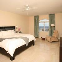 Luxurious One Bedroom Suite in Dawn Beach