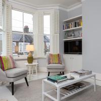 2 Bedroom Flat in Kensal Green Sleeps 4