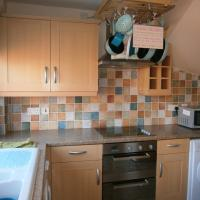 House to Let In Rocester