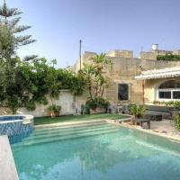 300 Year Old Expertly Converted Farmhouse with Pool