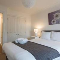 Oceana Accommodation - Sycamore court, Southampton apartment, Walking distance to hospitals, parking, sleeps 7
