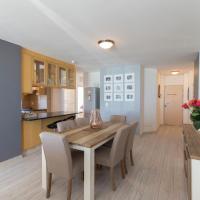 Spectacular Oceanview Apartment in Hibernian Towers 10.6