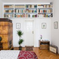 A spacious and quiet apartment with two bedrooms