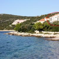 Apartments by the sea Maslinica (Solta) - 5212