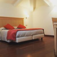 Hotel Palazzo Sant' Elena, hotel in Foggia