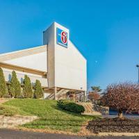 Motel 6 Cincinnati Central- Norwood