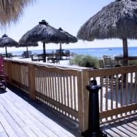 Anna Maria Island Beach Breeze Two-bedroom Apartment