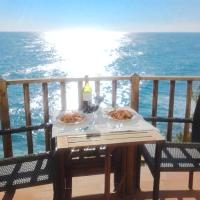 Sitges Balcony Pool & Seaside Apartment