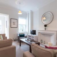 Luxury 2 bed flat w/balcony 5min to Earls Court