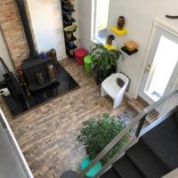 Cabbagetown apartment