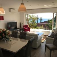 Villa Mimosa - Large luxury apartment for two families!