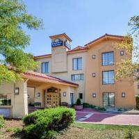 Days Inn & Suites by Wyndham Arlington Heights