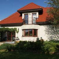 Comfortable house with garden