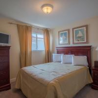 Oak Shores 90 - Two Bedroom Apartment