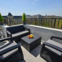 Luxury apartment & Park View