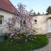 Cozy Apartment in Leubnitz-Neustra near River