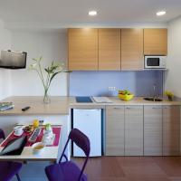 Abarco Apartments, hotel in Santa Coloma