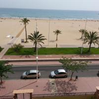 Magnificos Apartamentos Ondina en la Primera Linea de la Playa de Gandia